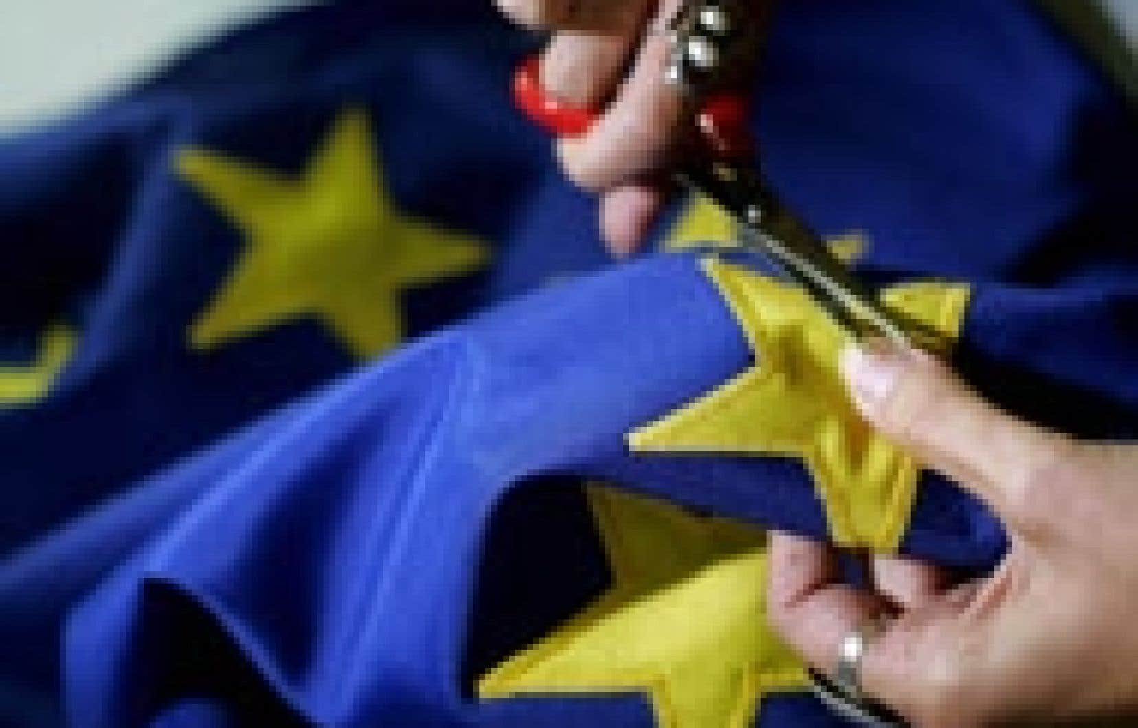 Les Roumains devraient pouvoir hisser le drapeau de l'Union européenne en grande pompe le 1er janvier prochain.