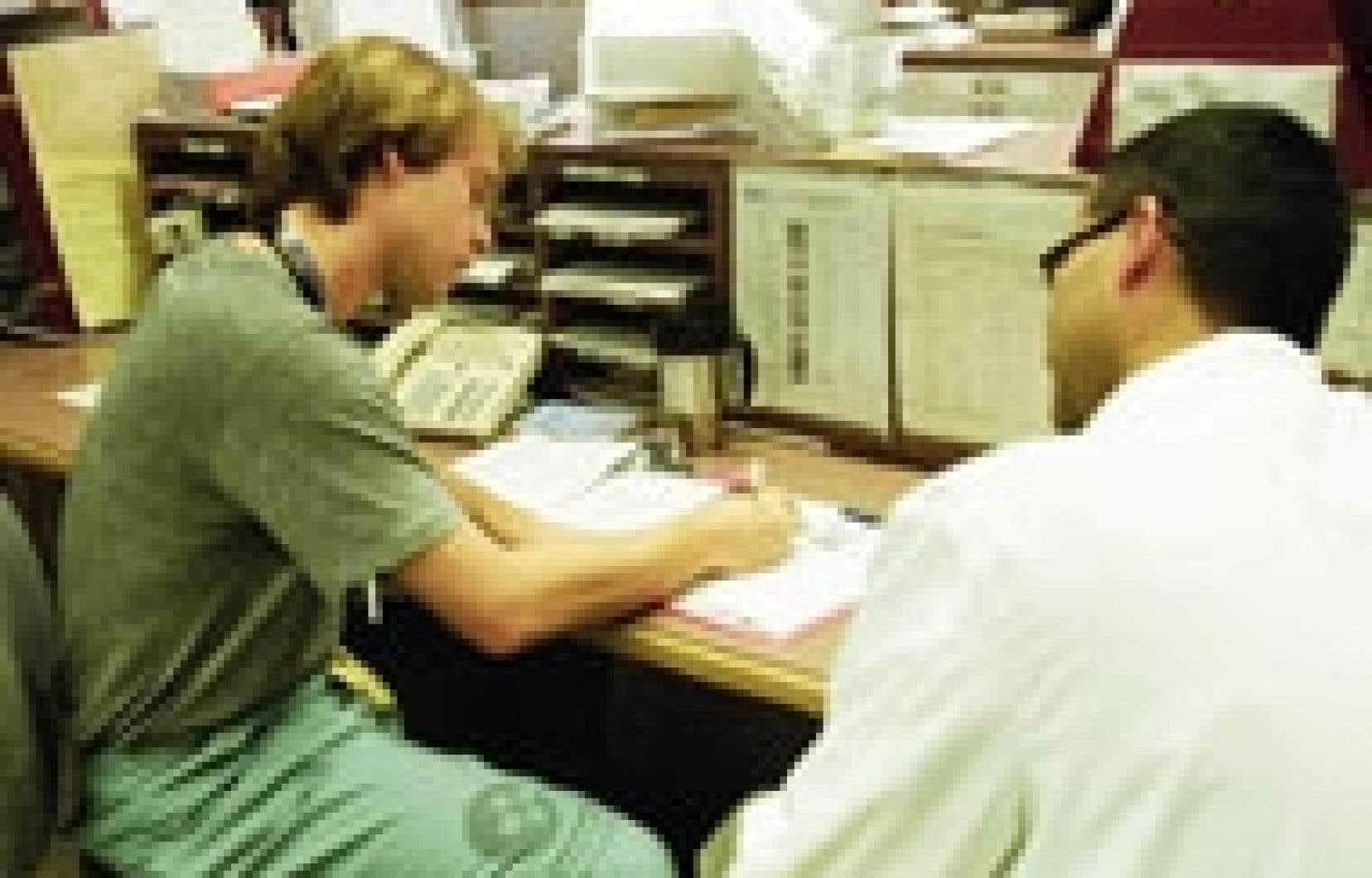 Les tâches dévolues aux médecins résidents sont multiples et varient selon l'année de résidence et la spécialisation.