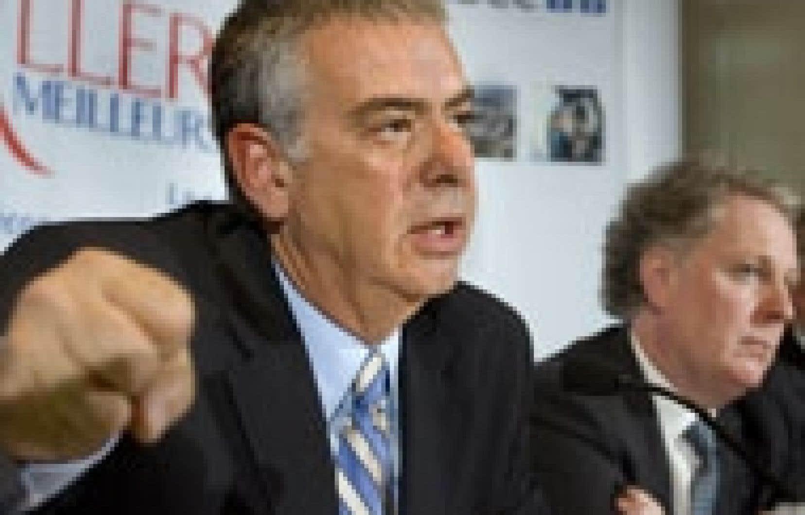 Le ministre de la Sécurité publique, Jacques Dupuis, a annoncé l'octroi de six millions à la police de Montréal pour lutter contre les gangs de rue.