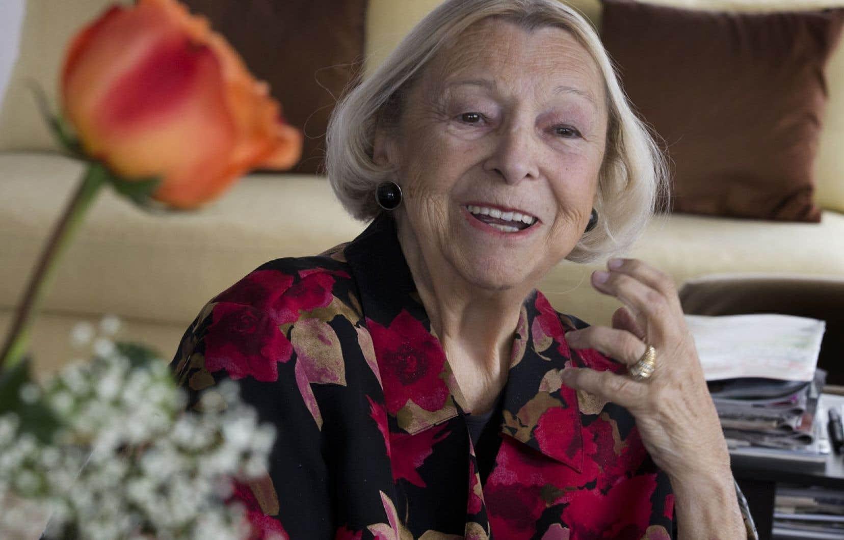 Lise Payette estime qu'encore aujourd'hui, on « tolère » les femmes en politique, mais qu'on ne « les accepte pas ».