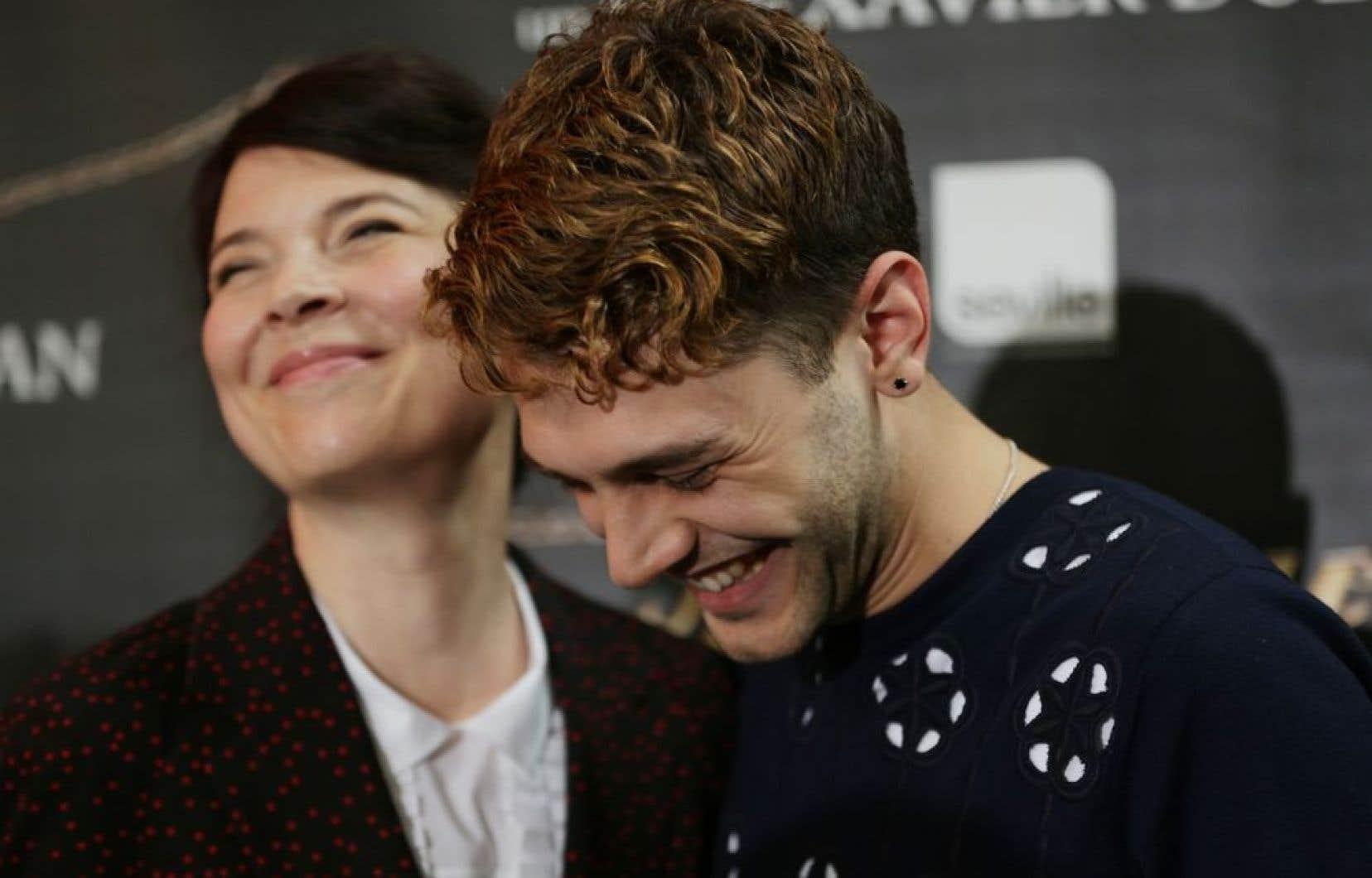 Anne Dorval et Xavier Dolan en conférence de presse à Montréal lundi, au retour de Cannes