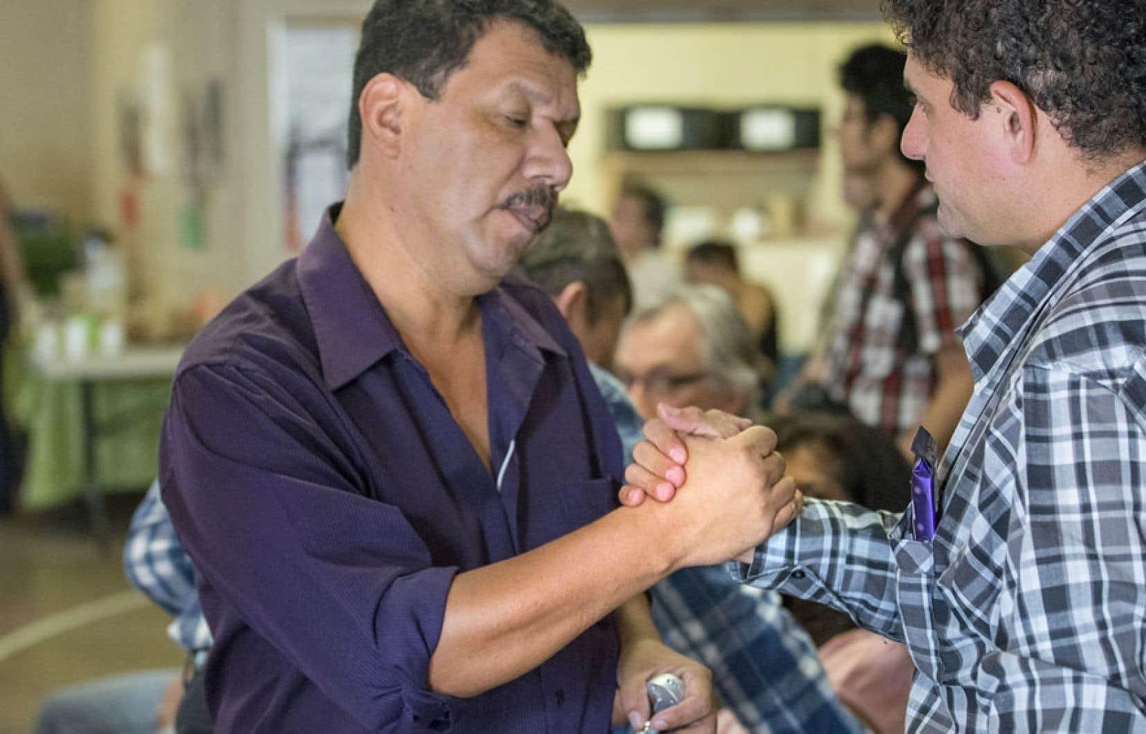 Pedro Landa et une quinzaine d'autres Sud-Américains sont venus témoigner des conséquences des activités des compagnies minières canadiennes sur leur qualité de vie.
