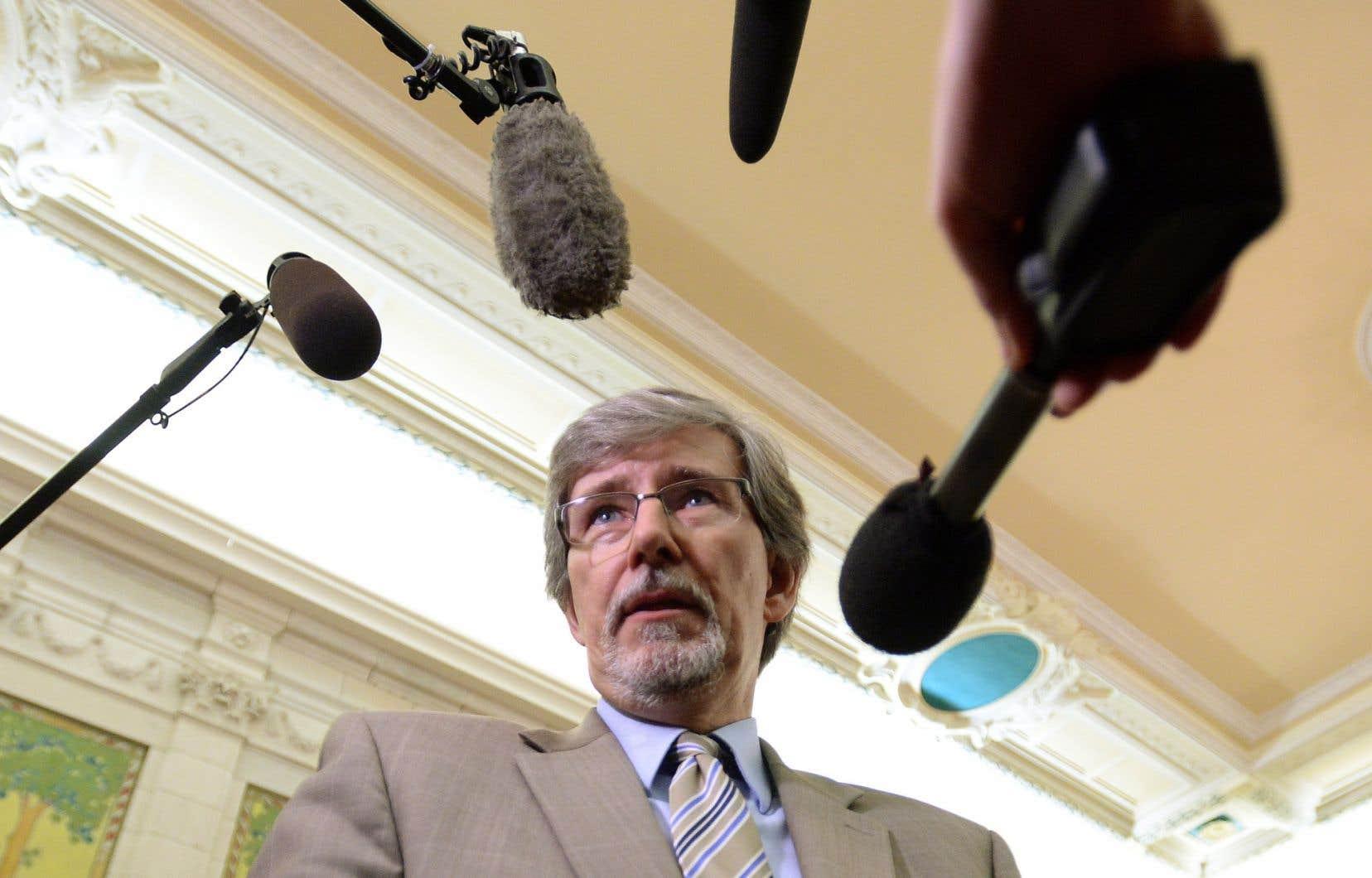 À l'occasion de sa première comparution publique, Daniel Therrien a vilipendé un projet de loi chouchou du gouvernementconservateur.