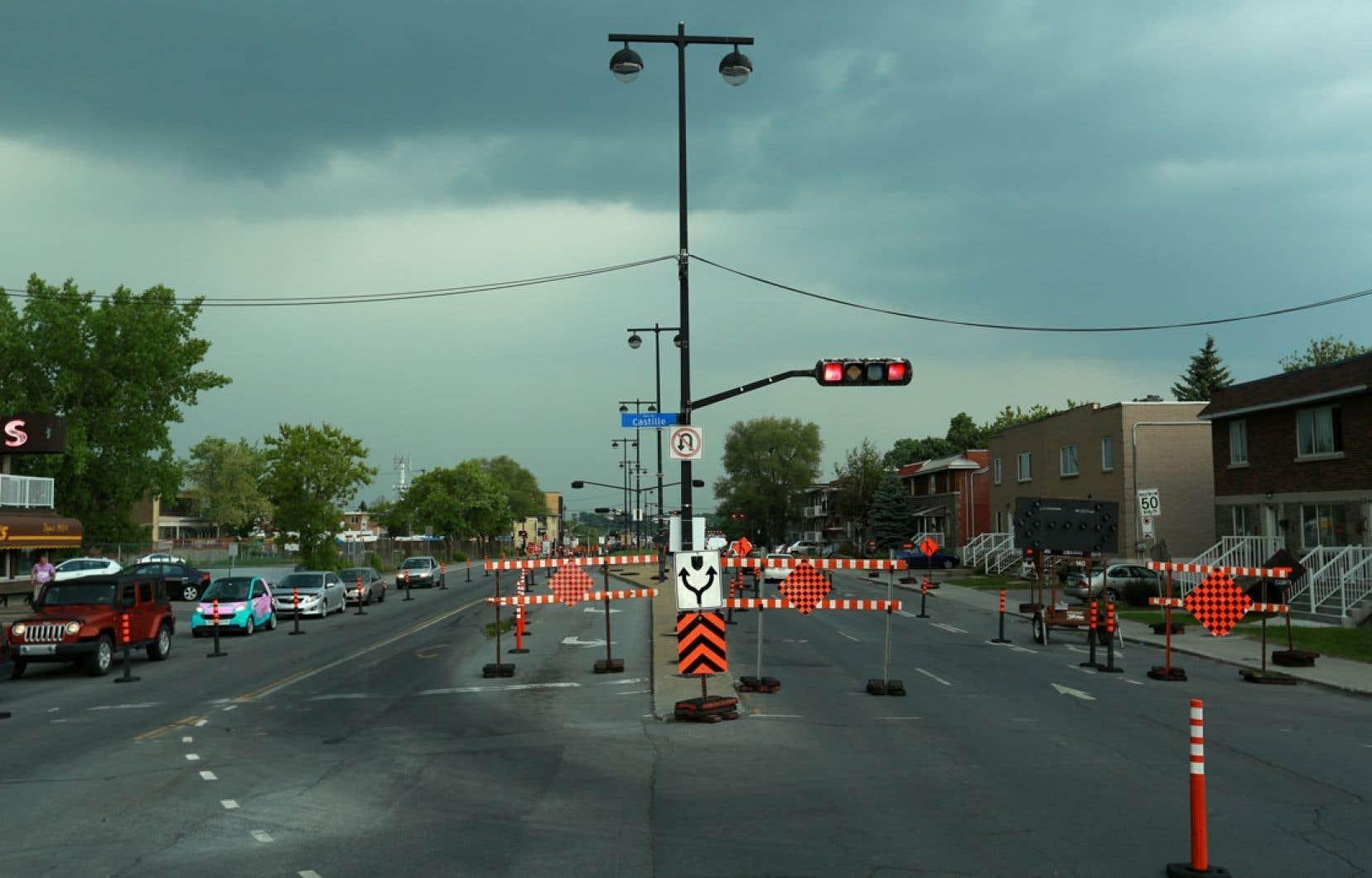 À terme, les voies centrales du boulevard Pie-IX devraient voir passer un bus toutes les 46 secondes. Devant le risque accru de congestion, un expert propose d'installer plutôt un tramway.