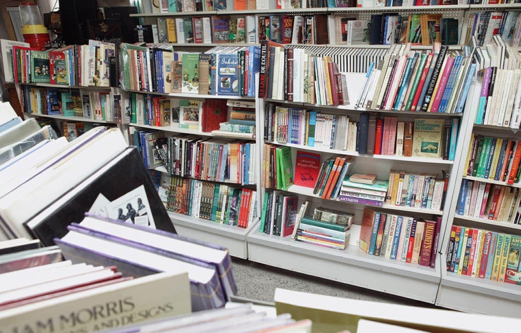 Selon le milieu culturel, la baisse du crédit d'impôt aux entreprises menace la vitalité des milieux du livre et du cinéma.