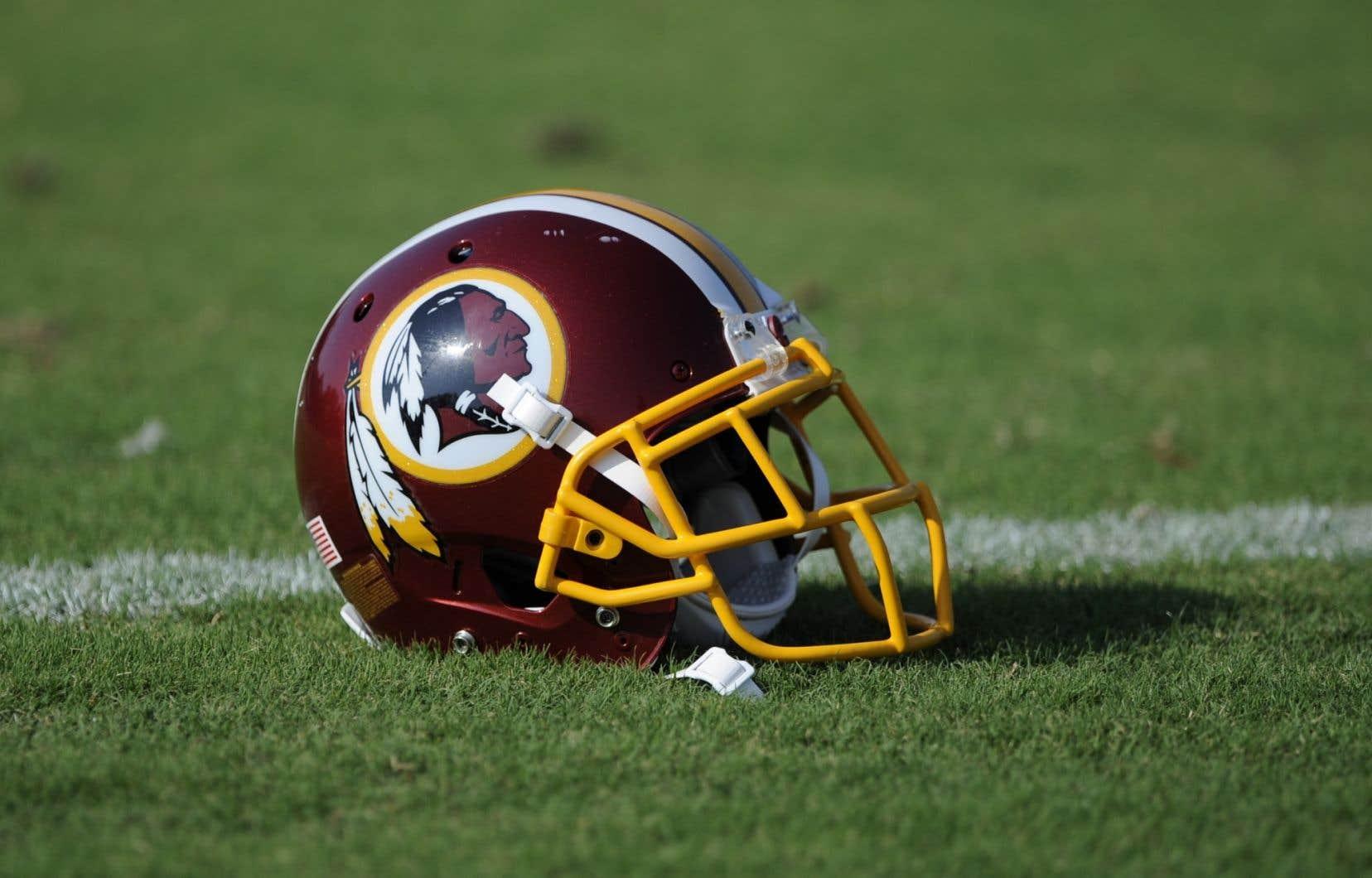 Les dirigeants de l'équipe ont annoncé peu après faire appel, en assurant que cette décision n'avait<em> «aucun effet sur le droit d'utiliser le nom et le logo Redskins».</em>