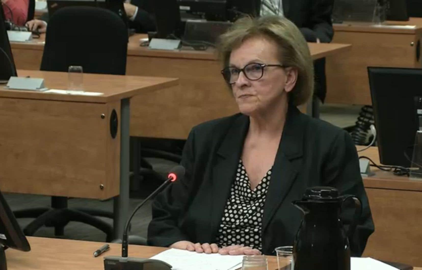 Violette Trépanier ne faisait pas un suivi pour savoir quel métier avaient les donateurs, à savoir s'ils étaient ingénieurs ou entrepreneurs susceptibles d'obtenir un contrat du gouvernement.