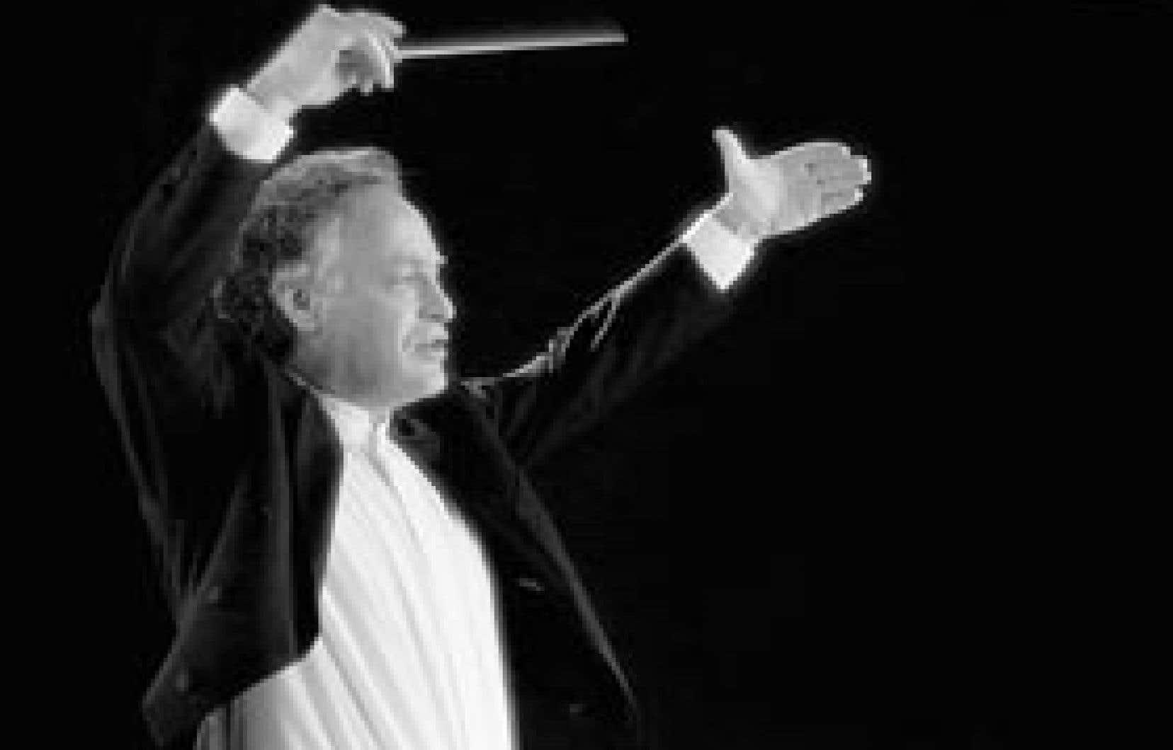 Yoav Talmi se présentera avec l'OSQ le 11 juillet pour la 1re Suite du Tricorne, de Manuel de Falla, le Concerto d'Aranjuez, de Rodrigo, et la Symphonie écossaise, de Mendelssohn.