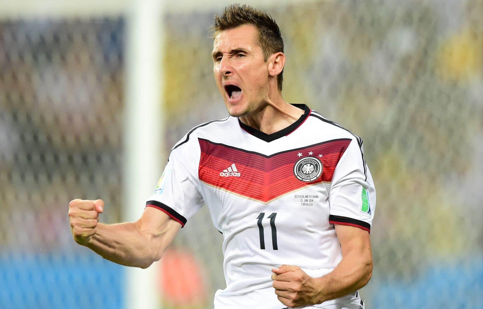 Miroslav Klose annonce sa retraite internationale | Le Devoir