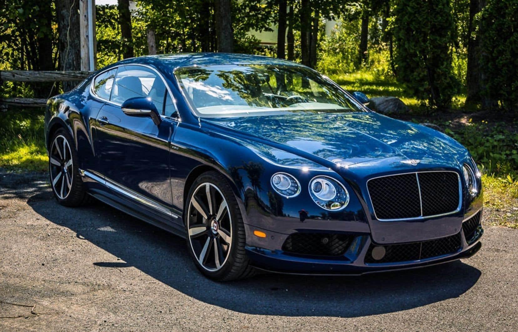 Même si sa carrosserie est la même, ou presque, depuis 2003, la plus vendue des Bentley demeure une des plus belles voitures de l'industrie automobile et porte dignement le nom de sa glorieuse ancêtre.