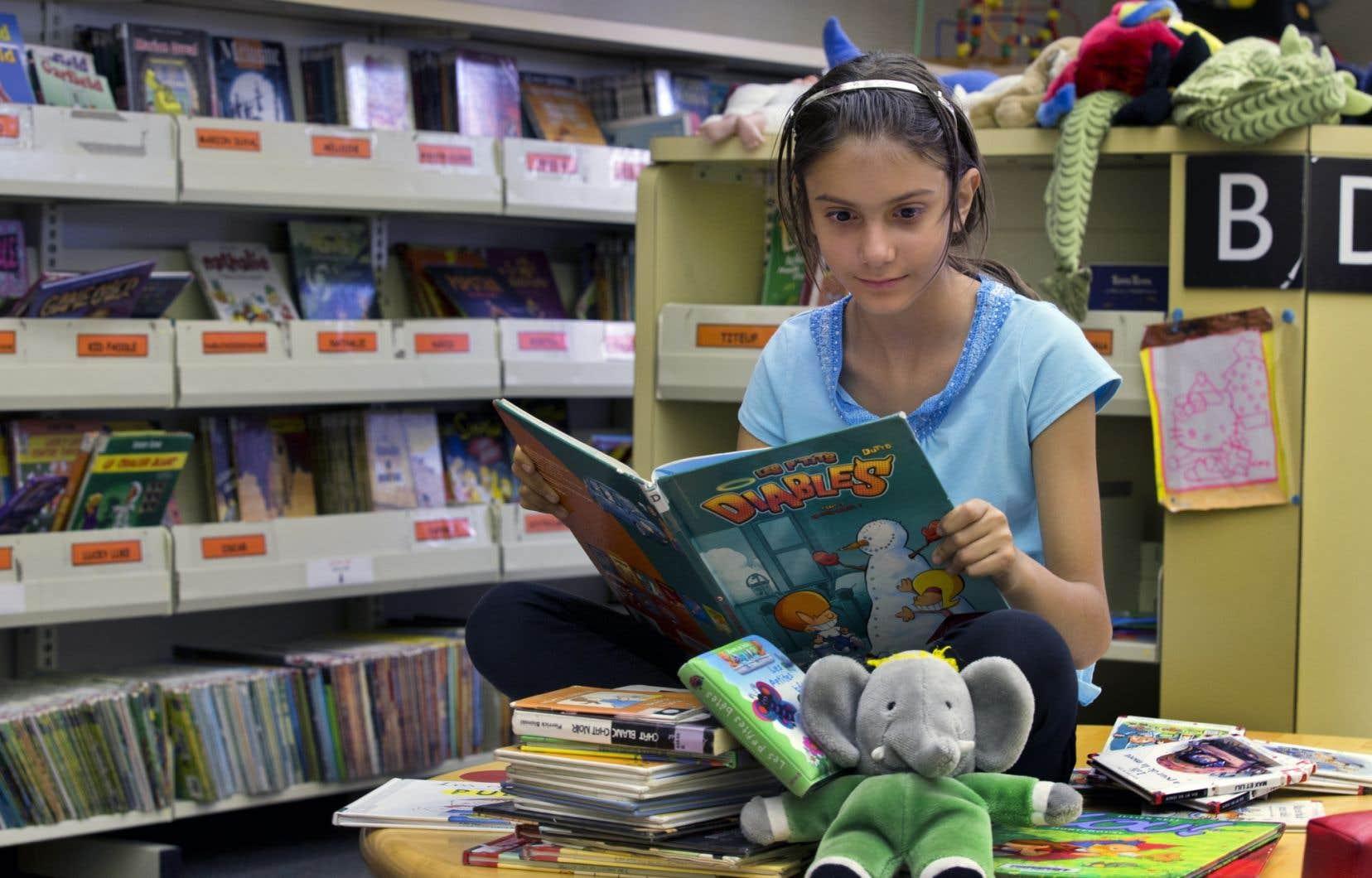 Les bibliothèques scolaires, parfois déjà dégarnies, écopent des coupes imposées aux commissions scolaires.