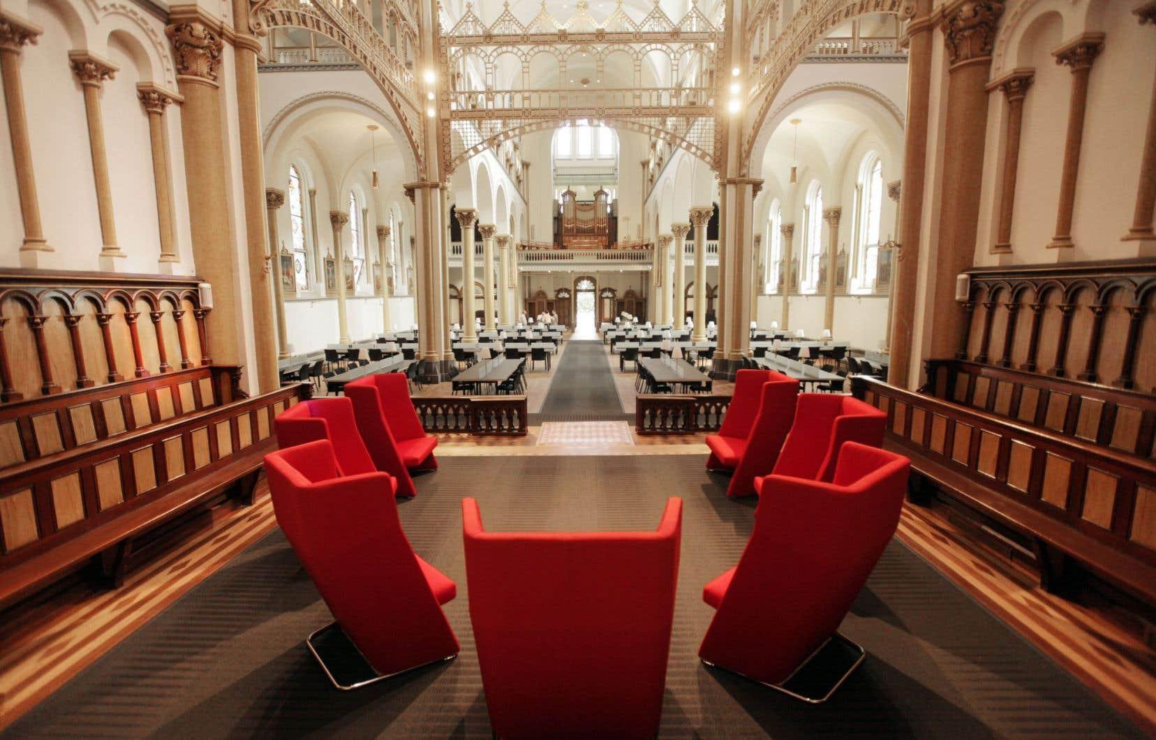 L'ancienne chapelle a été transformée en salle de lecture dans le pavillon des soeurs grises de l'Université Concordia.