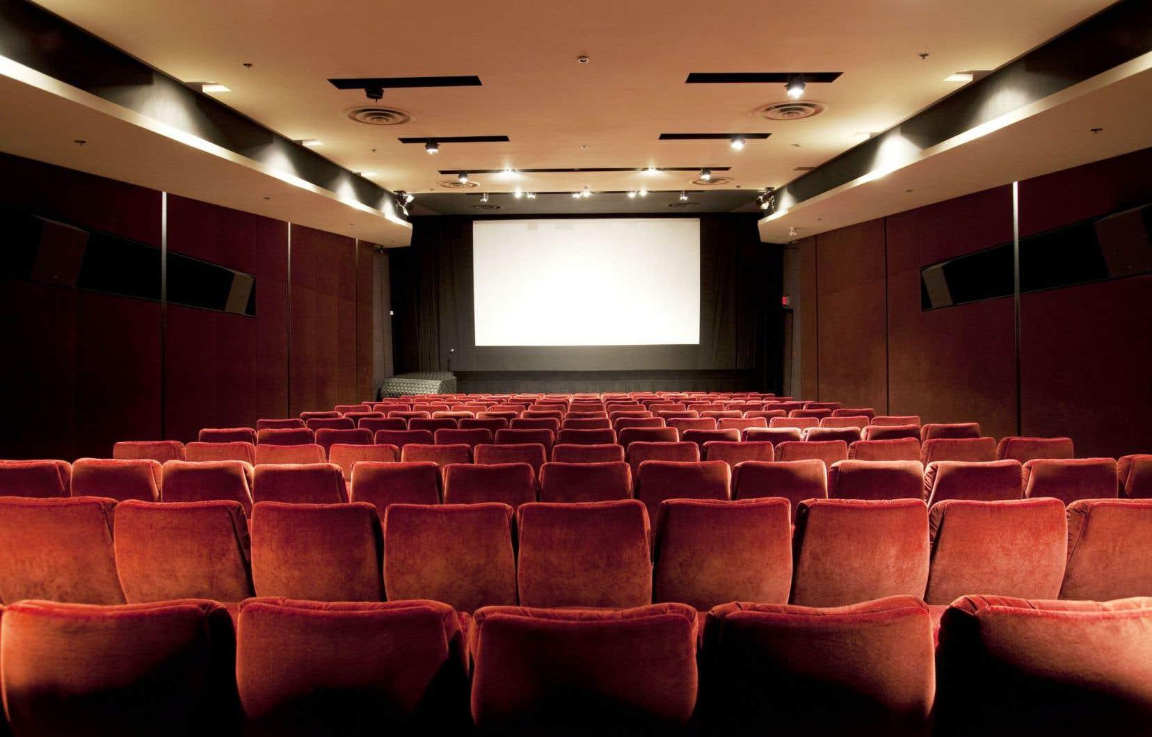 À l'exception de cet été, il n'y a pas eu de chute de fréquentation des salles et l'année 2015 s'annonce exceptionnelle.