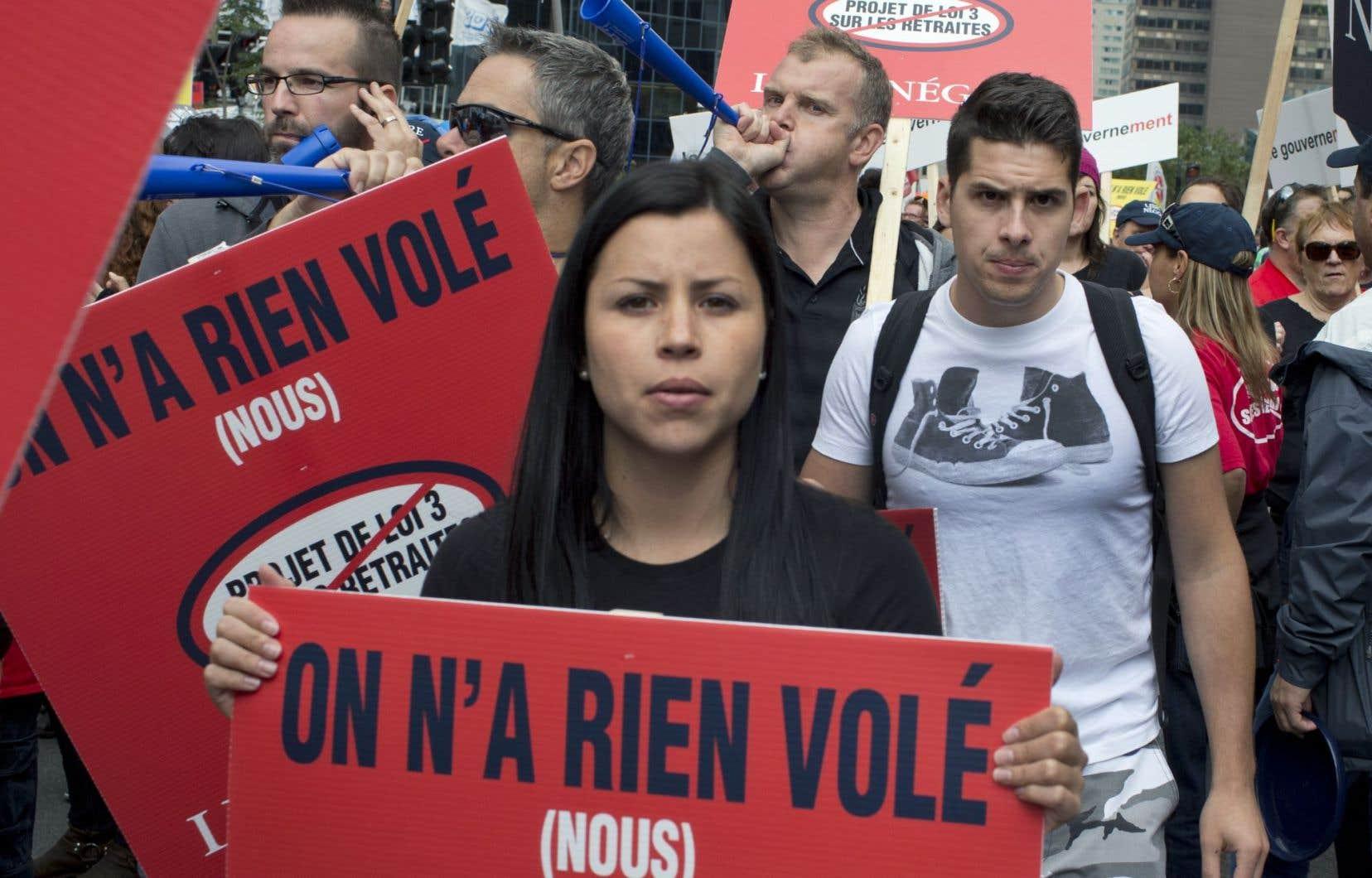 De nombreuses pancartes aux couleurs de la Coalition arboraient le slogan «On n'a rien volé (nous)».