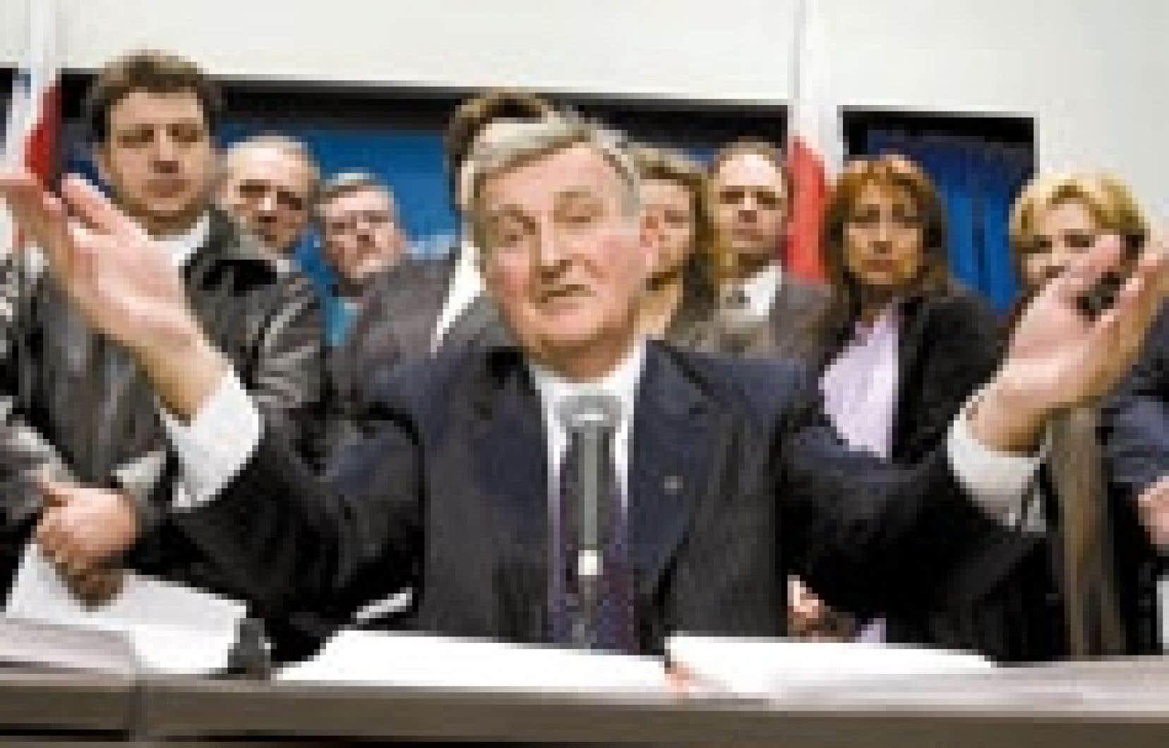 Pierre Bourque ne remet pas en question le résultat global du scrutin à Montréal, ce qui ne l'a pas empêché d'annoncer en conférence de presse, hier matin, son intention de réclamer un dépouillement judiciaire général.