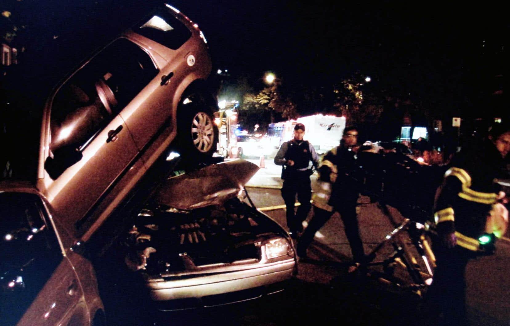 Le film<em>Arme à quatre roues</em>ne suit pas le modèle du documentaire traditionnel, exposant davantage le point de vue des militantspour un durcissement des mesures contre les «criminels» de la route.