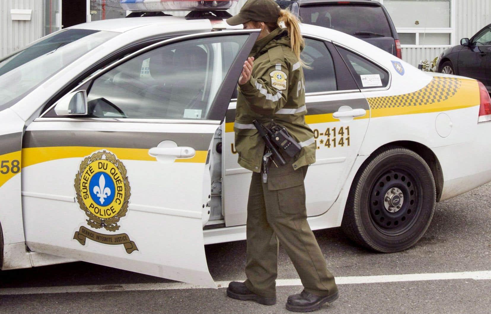 Dix-sept personnes ont été arrêtées par la Sûreté du Québec.