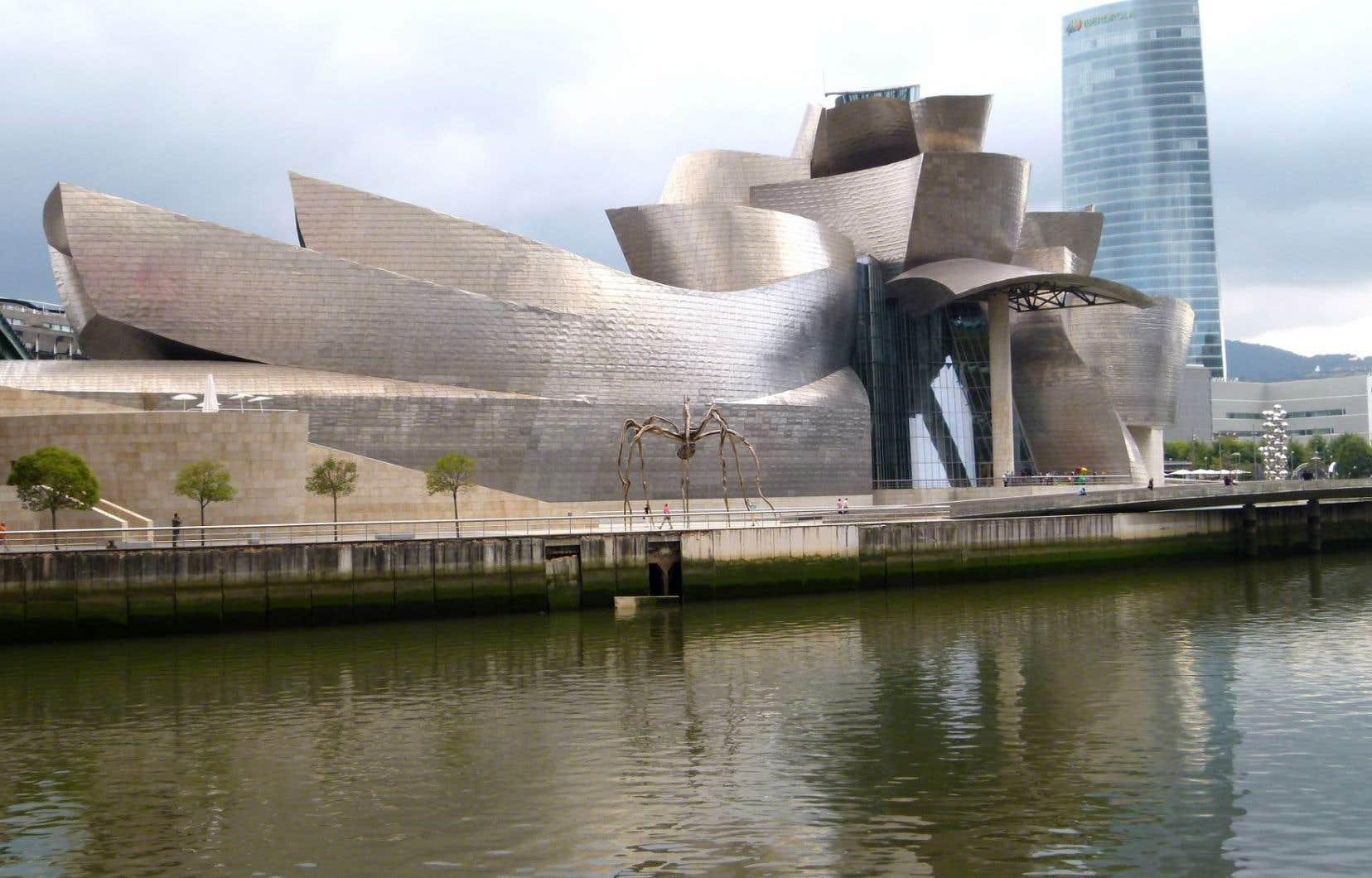 Le musée Guggenheim de Bilbao, au pays basque espagnol, oeuvre phare de Frank Gehry.