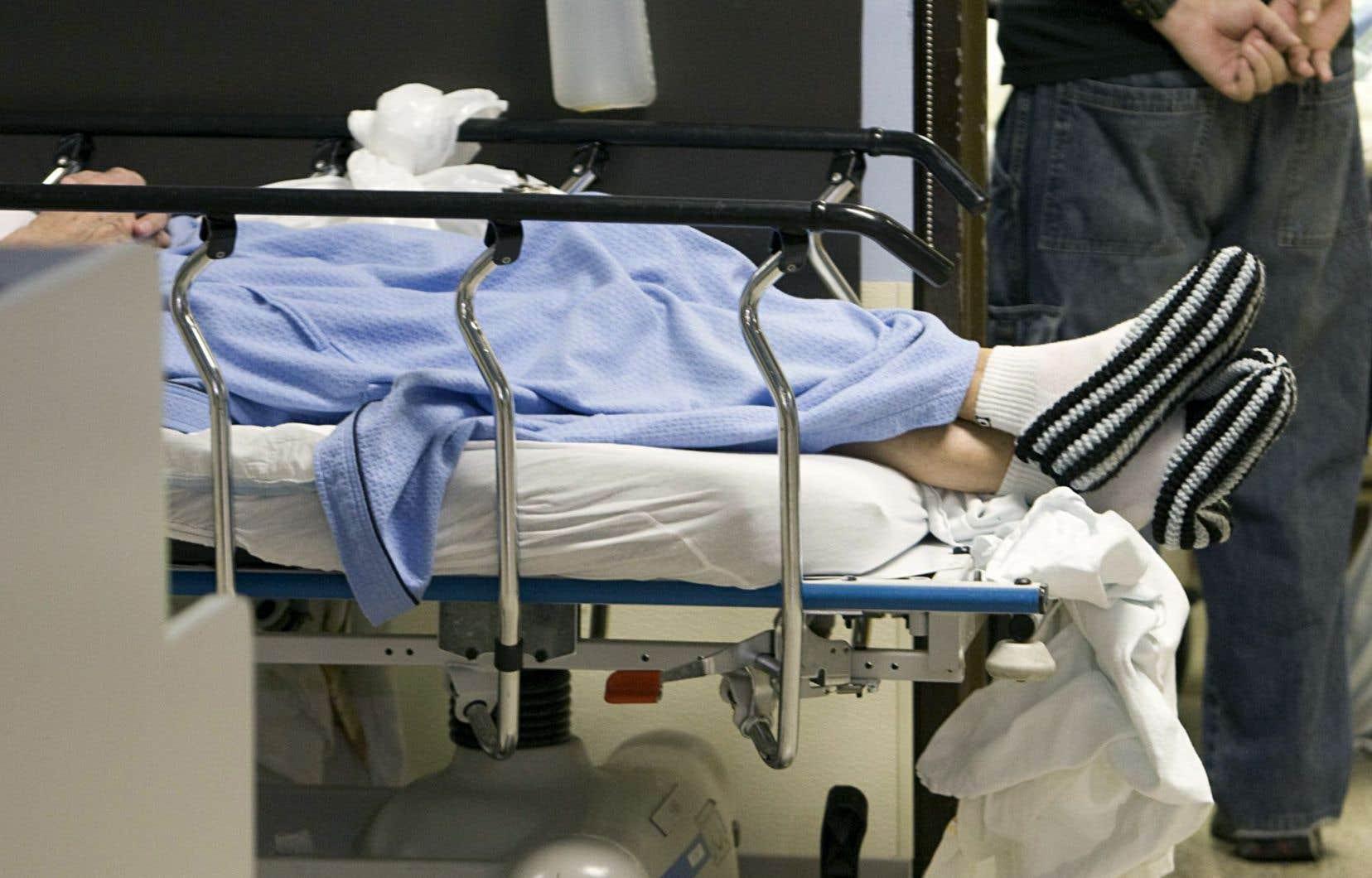 Les chercheurs ont observé que chaque débordement équivalant à 10 % de la capacité d'accueil faisait grimper de 3 % la mortalité chez les patients admis.
