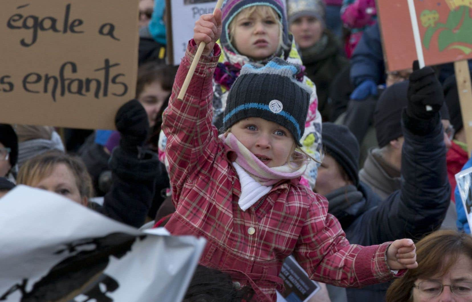 À elle seule, la manifestation de Montréal a réuni des milliers de personnes.