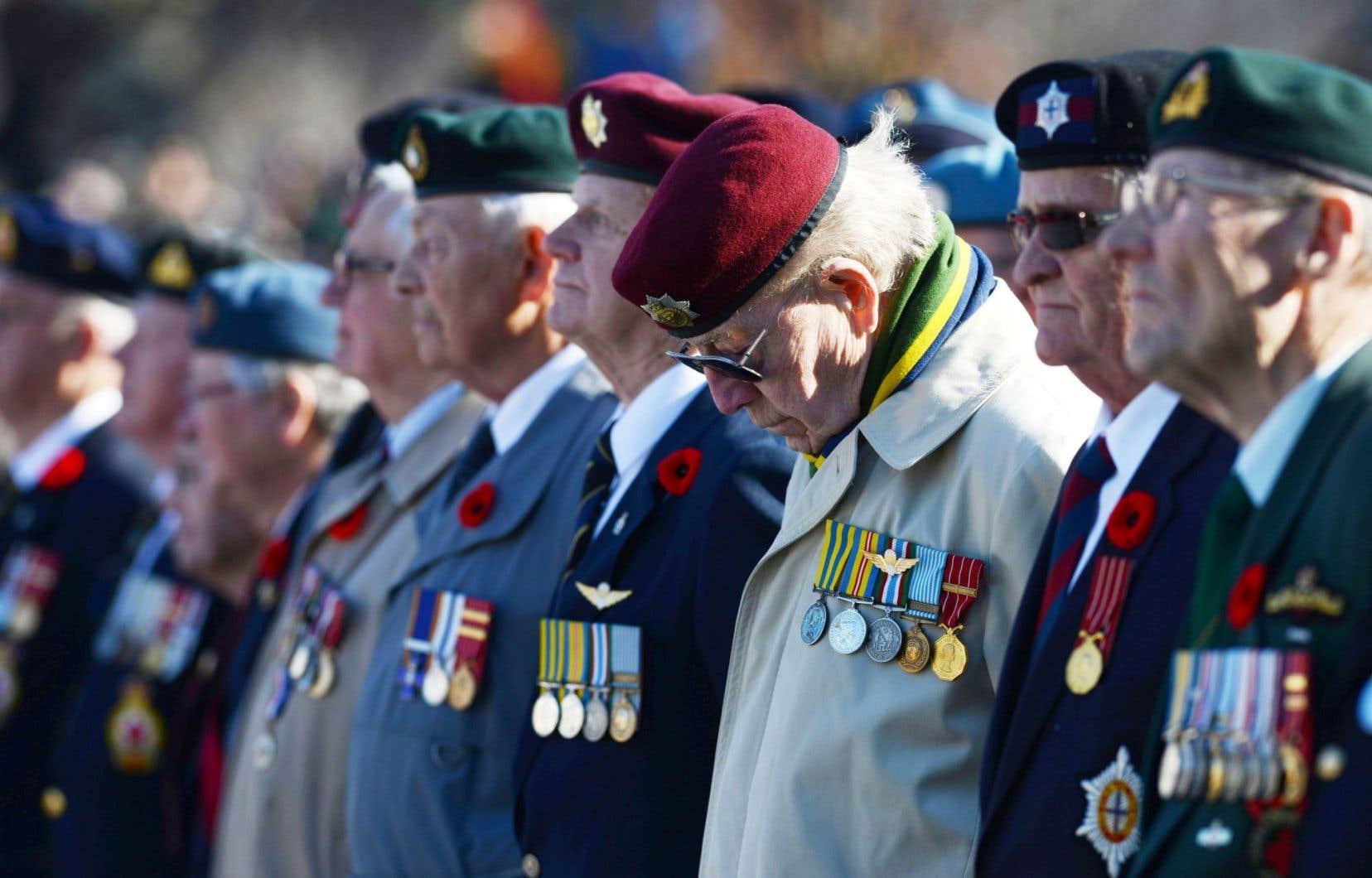 Au lendemain du jour du Souvenir, d'anciens combattants exigent un soutien accru du fédéral.