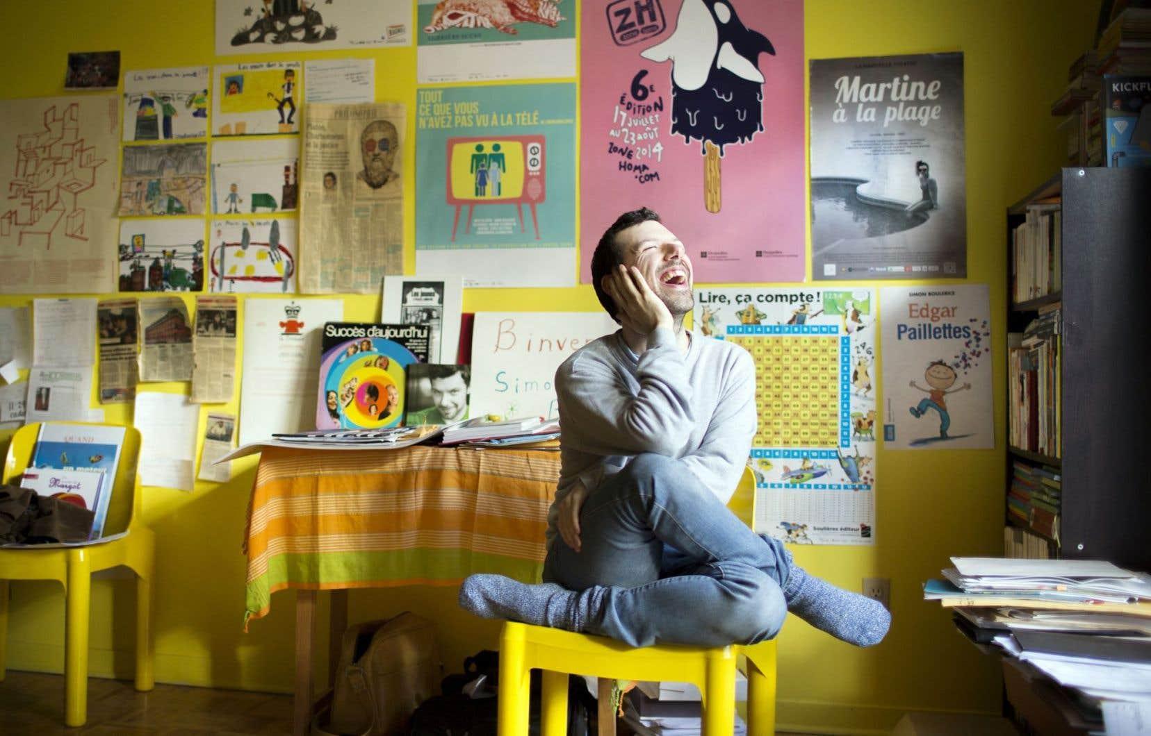 Romancier, poète, dramaturge, Simon Boulerice est un des auteurs les plus prolifiques du moment.