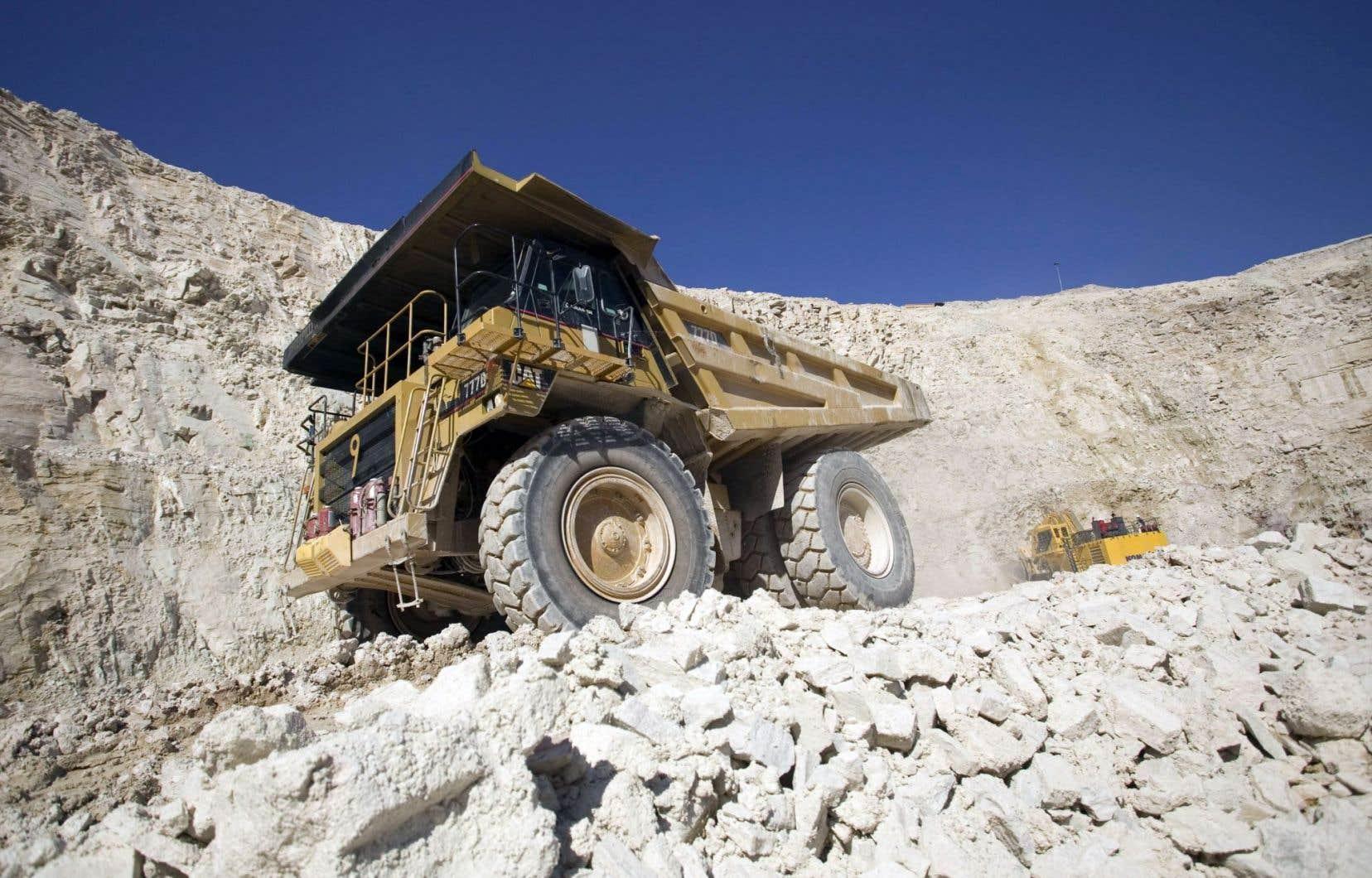 Si l'exploitation de la filière uranifère est frappée d'un moratoire au Québec, l'Alberta compte notamment la mine Sue E sur le site McClean Lake, au nord.