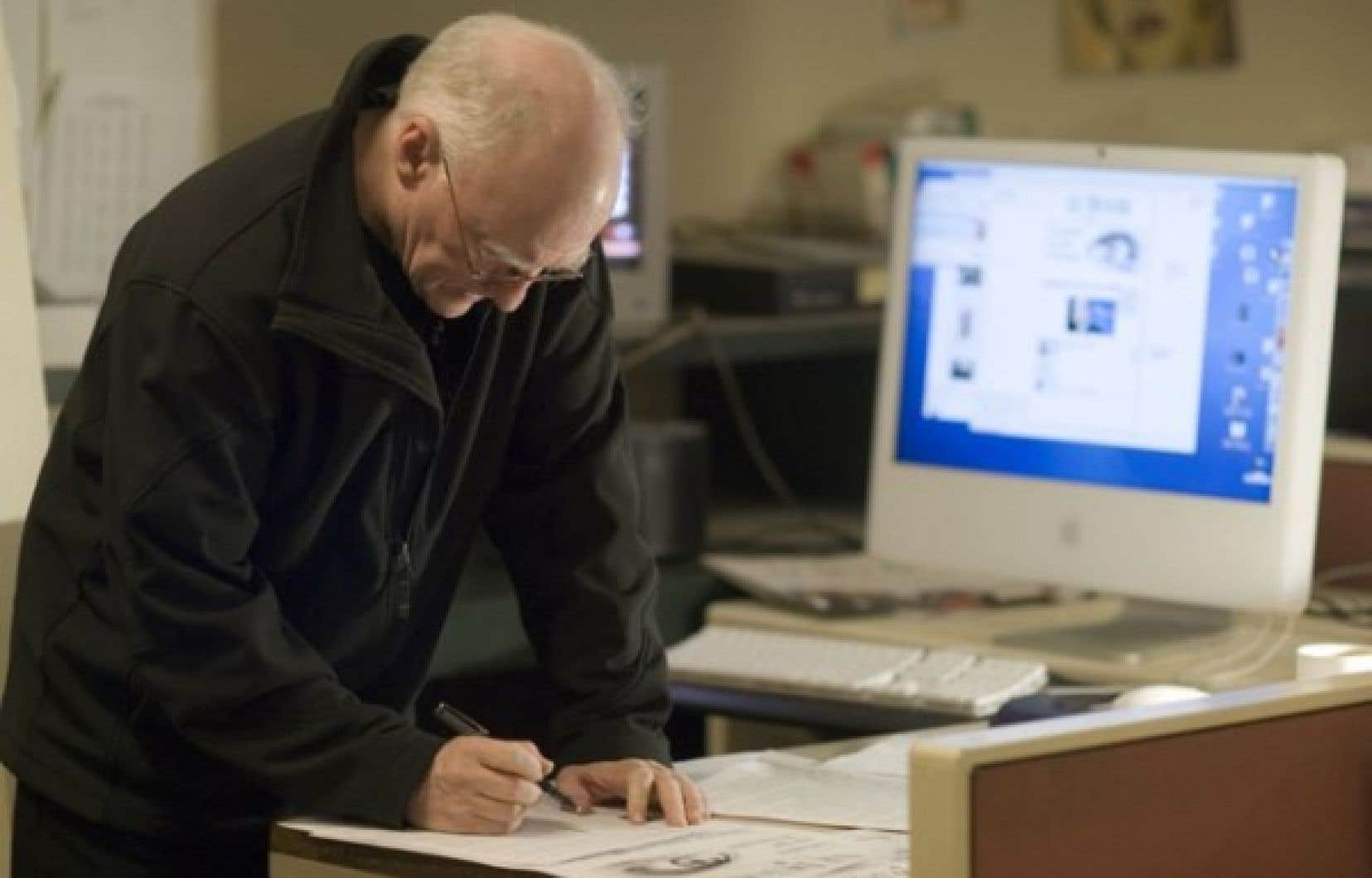 Un des directeurs adjoint de l'information, Louis Lapierre<br />
