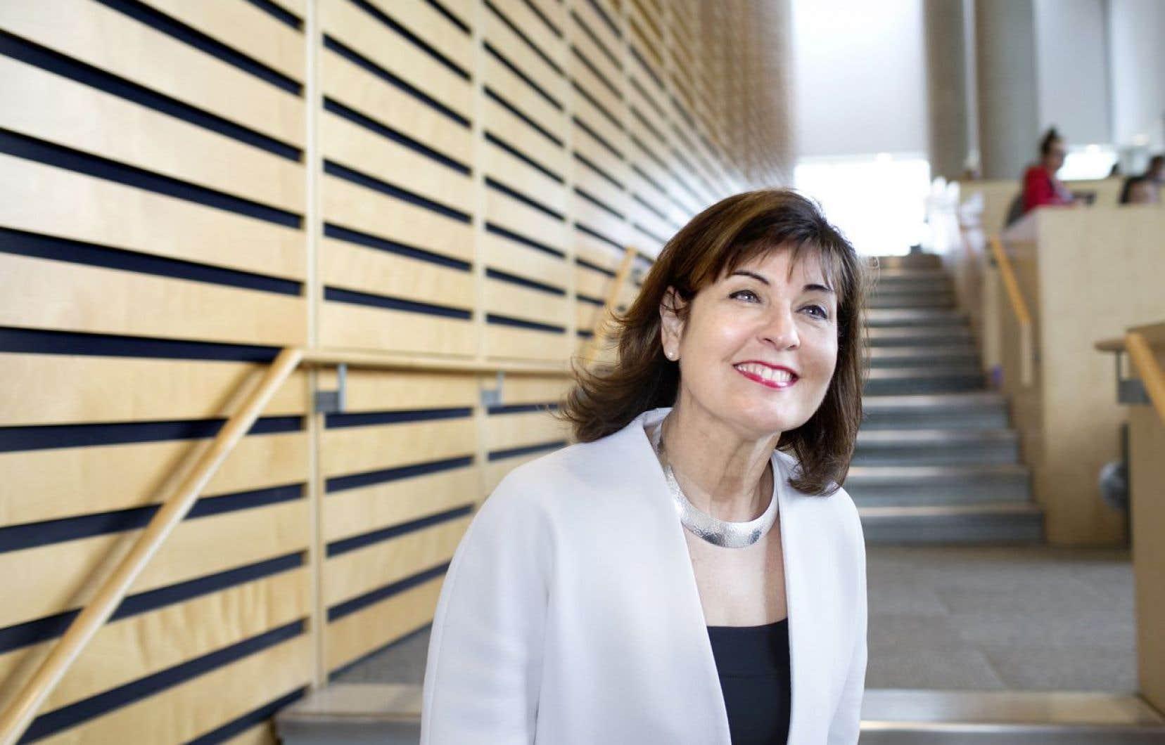 La nouvelle présidente-directrice générale de BAnQ, Christiane Barbe, rêve de faire de l'institution «une grande cathédrale du savoir numérique».
