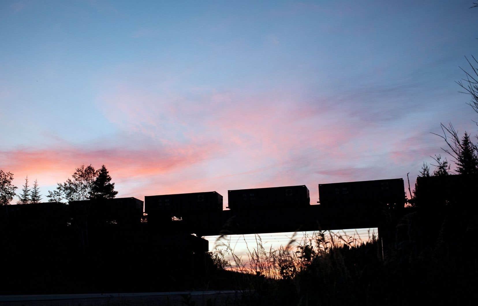 Transport de minerai de fer près de Sept-Îles