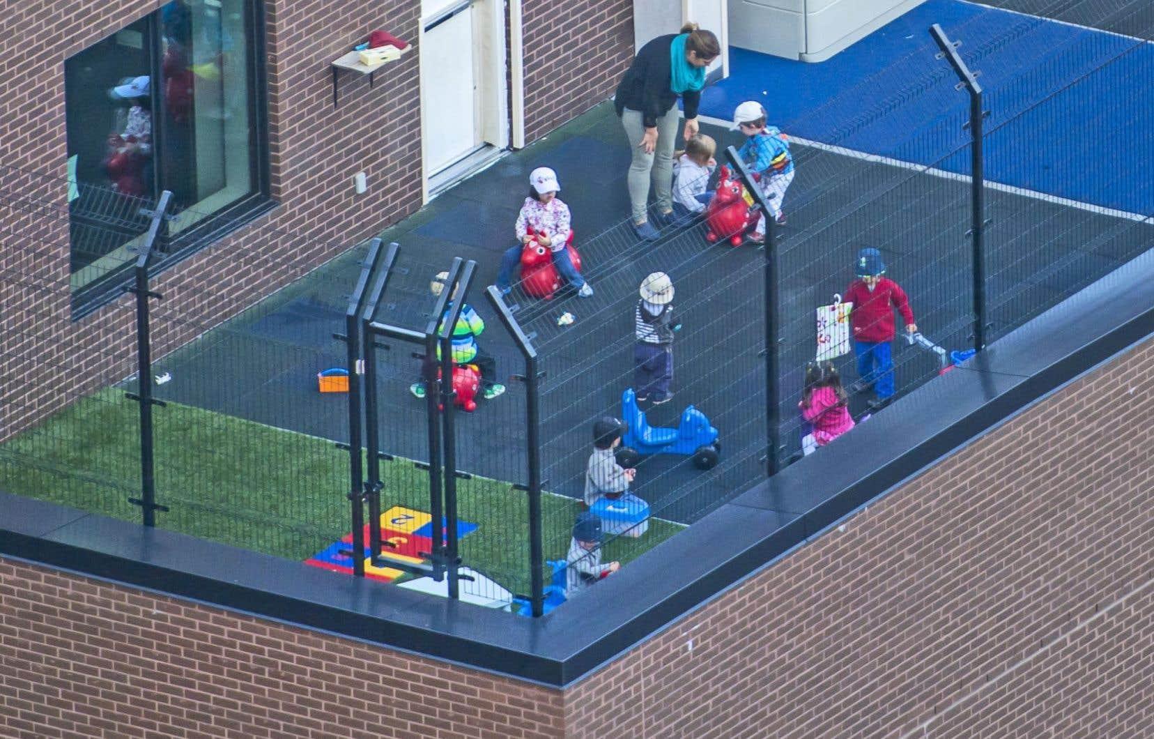 Les enfants issus d'un milieu défavorisé sont sous-représentés dans les services de garde subventionnés.