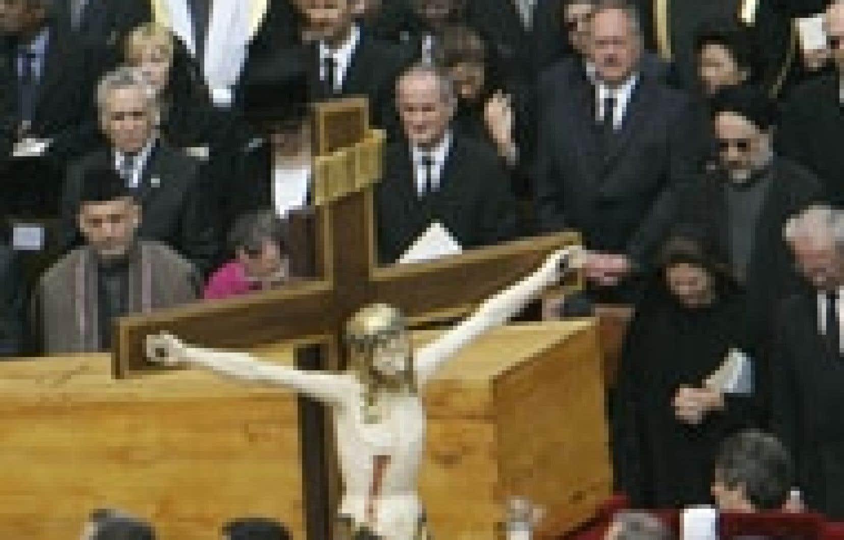 Les funérailles de Jean-Paul II ont réuni hier de nombreuses personnalités politiques.
