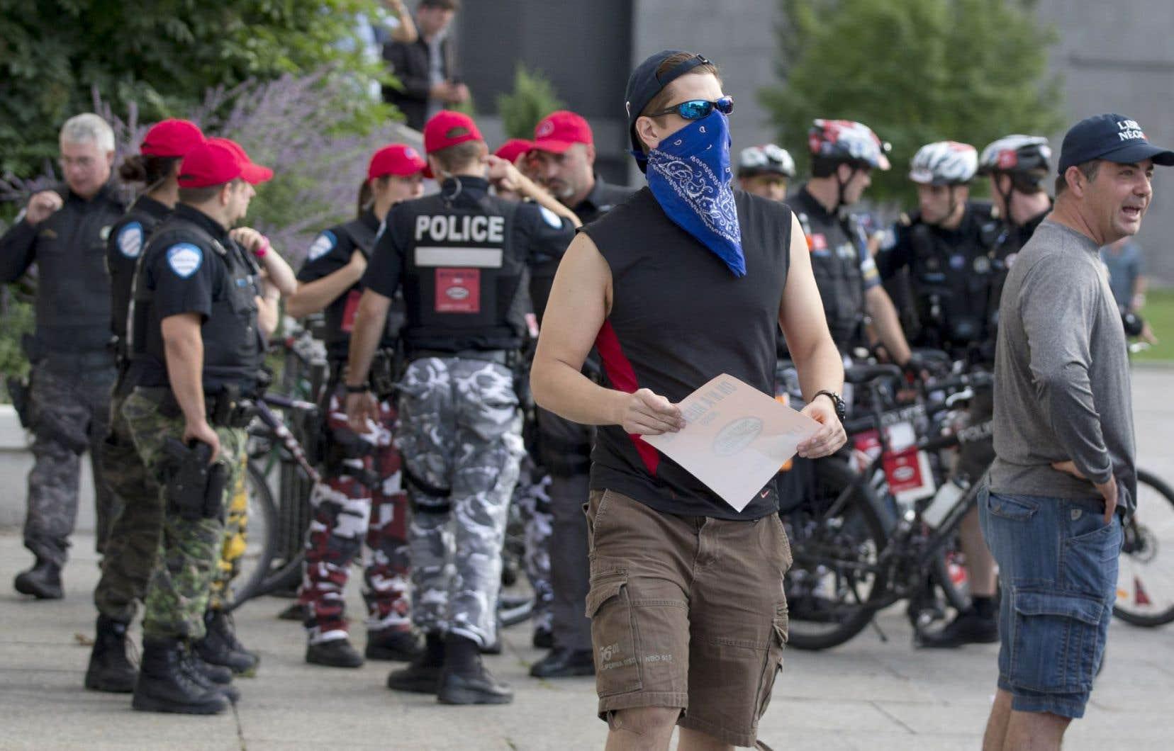 Manifestation à l'hôtel de ville de Montréal le 18 août dernier