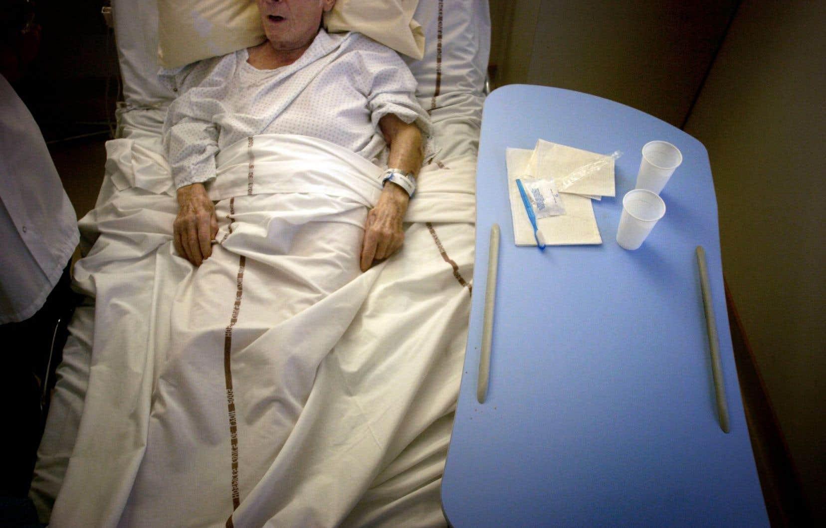 L'OMS craint l'avènement d'une ère où des infections courantes et des blessures mineures, soignées depuis des décennies, puissent à nouveau tuer. La plupart des infections bactériennes sont en effet devenues multirésistantes.