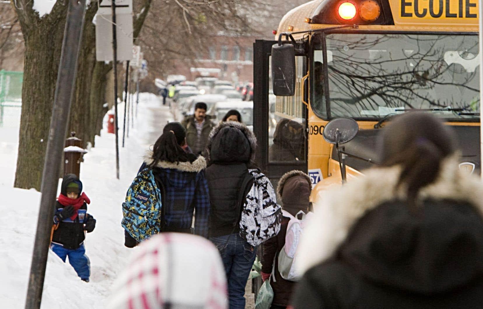 Près de 300 élèves de Notre-Dame-de-Grâce (NDG) devront parcourir une quinzaine de kilomètres de plus en autobus pour se rendre dans d'autres écoles, dès le mois de septembre prochain.
