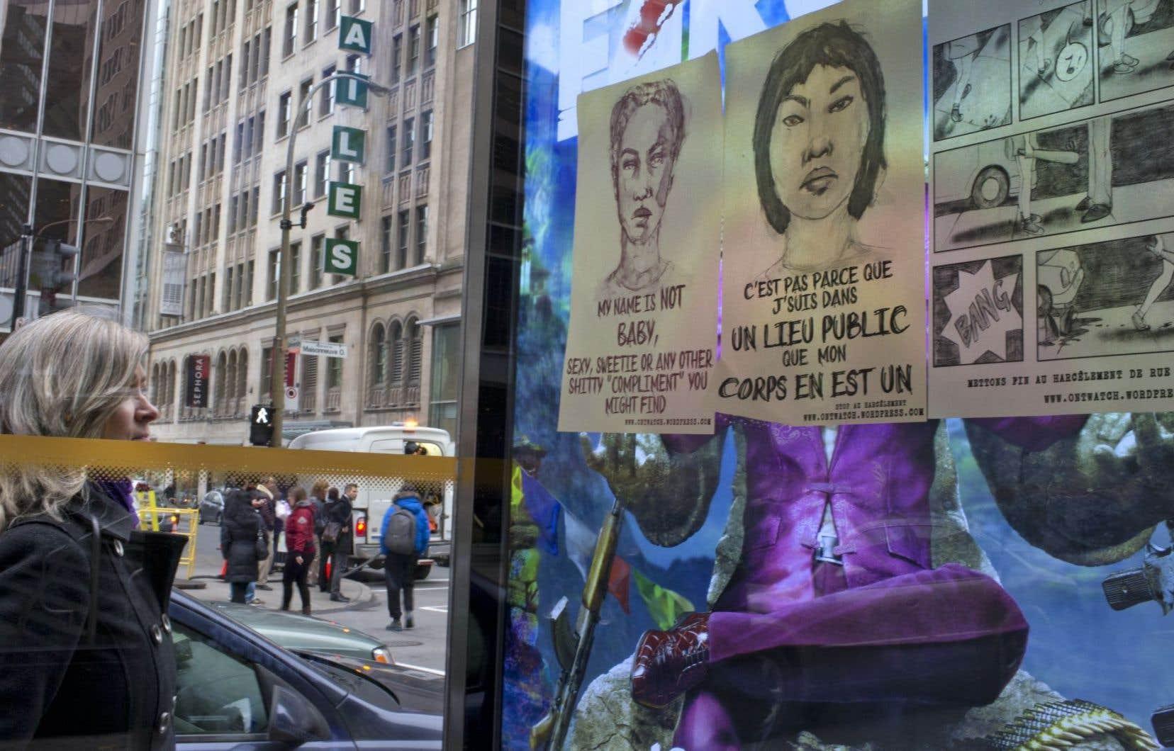 Affiches dénonçant les agressions sexuelles placardées sur les murs publicitaires et les abris d'autobus à Montréal en novembre 2014.