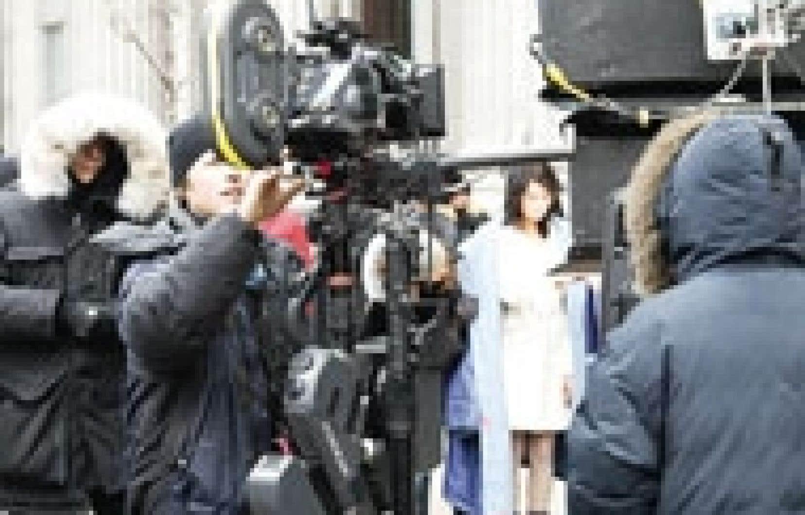 Une équipe en plein tournage, à Montréal. L'industrie québécoise du cinéma génère une masse salariale d'environ 1,4 milliard et représente l'équivalent de 35 000 emplois à temps plein.