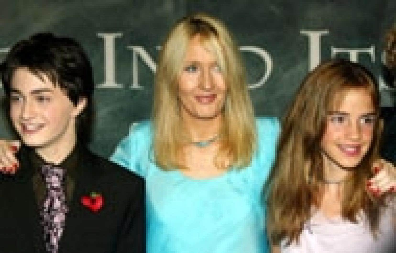 L'acteur qui incarne le sorcier à lunettes au cinéma, Daniel Radcliffe, et la romancière britannique J. K. Rowling se retrouveront certainement pour l'adaptation cinématographique de ce sixième volet de Harry Potter à paraître l'été procha