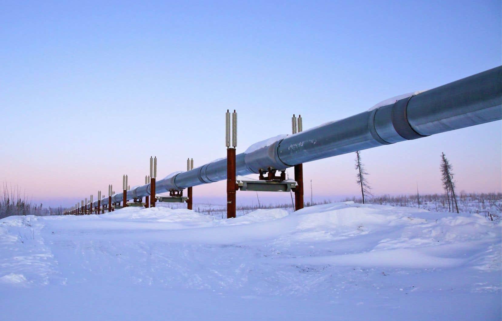 Le Québec prend du retard en vue de l'évaluation du projet Énergie Est de TransCanada, qui deviendra le plus important pipeline d'exportation de l'histoire canadienne.