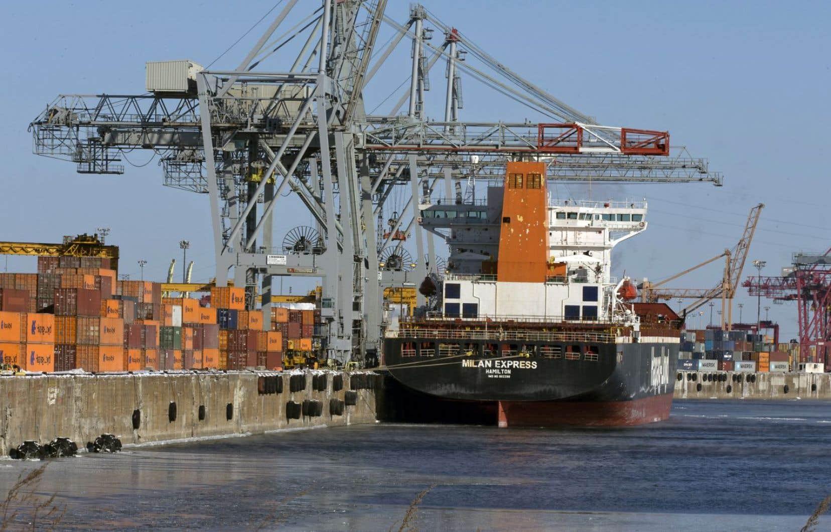 L'activité risque de s'accroître dans le port de Montréal, notamment avec l'entrée en vigueur de l'entente de libre-échange entre le Canada et l'Europe. Les autorités portuaires s'y préparent en affectant 132 millions au développement des infrastructures.