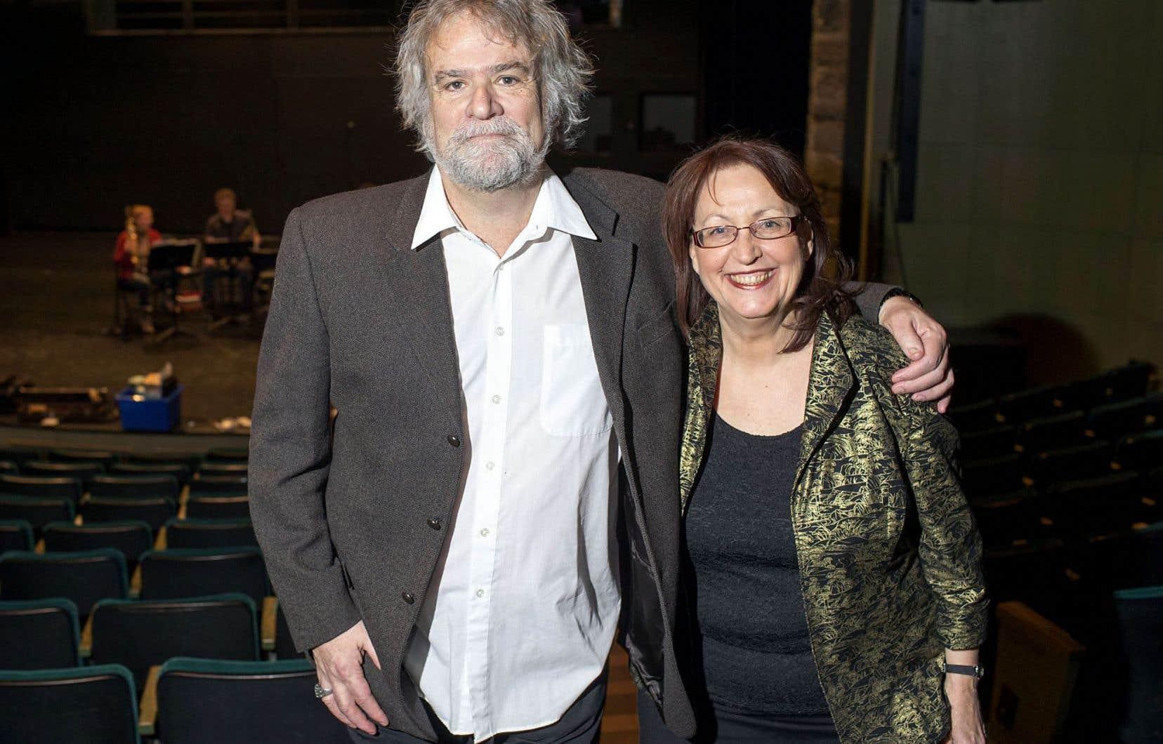 Daniel LeBlond, président du conseil d'administration du Gesù–Centre de créativité, en compagnie de Pierrette Gingras, directrice générale du Vivier