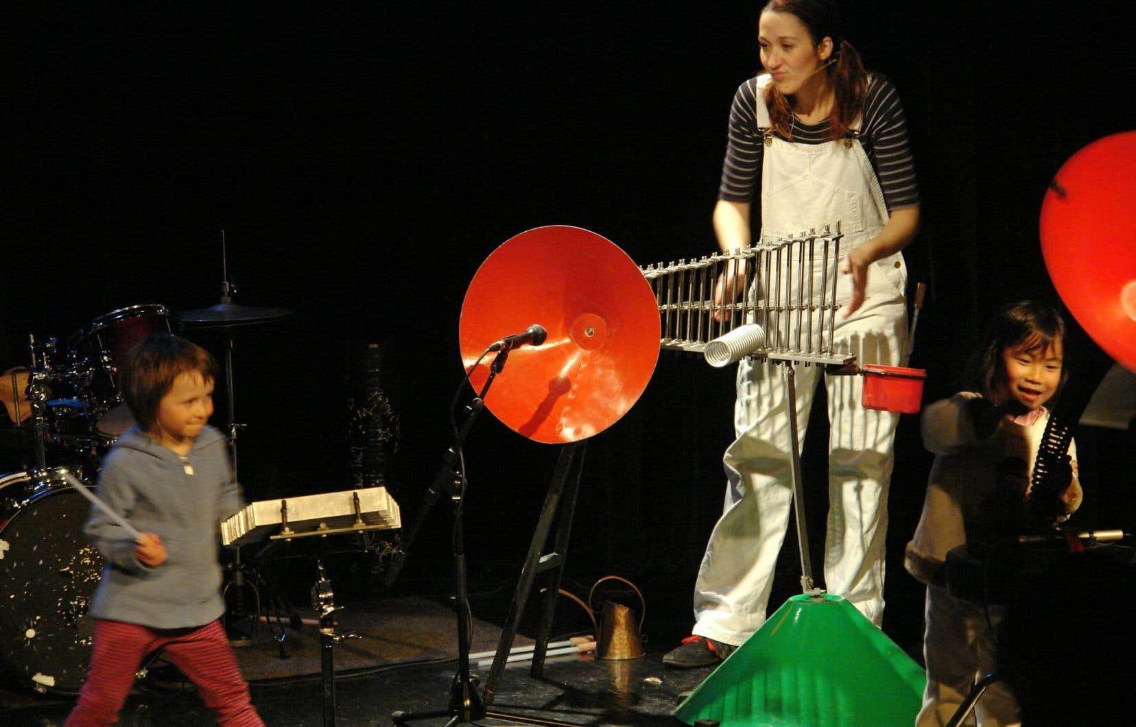 L'Arsenal à musique présente le spectacle L'usine des sons, destiné aux enfants de 8 à 12 ans.