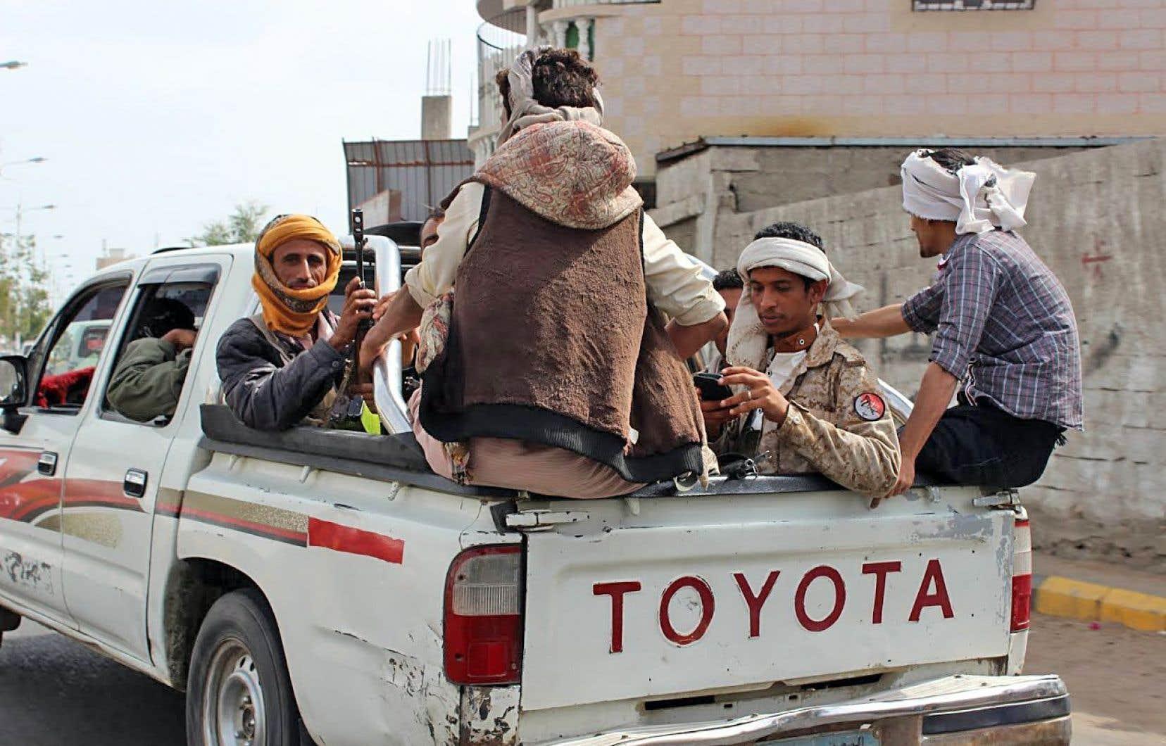 Les miliciens chiites étaient très présents jeudi à Sanaa.