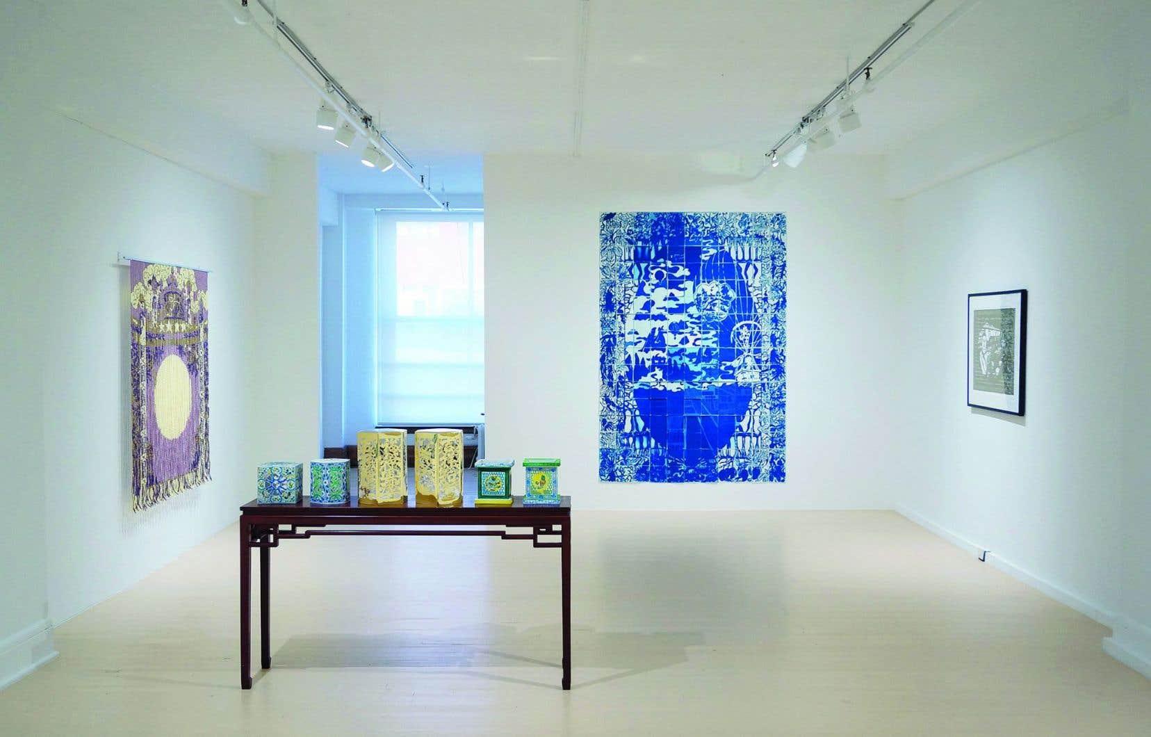 Derrière la belle apparence décorative des œuvres de Karen Tam se cache une ironie brutale (vue d'ensemble sur «Made in Britain»).