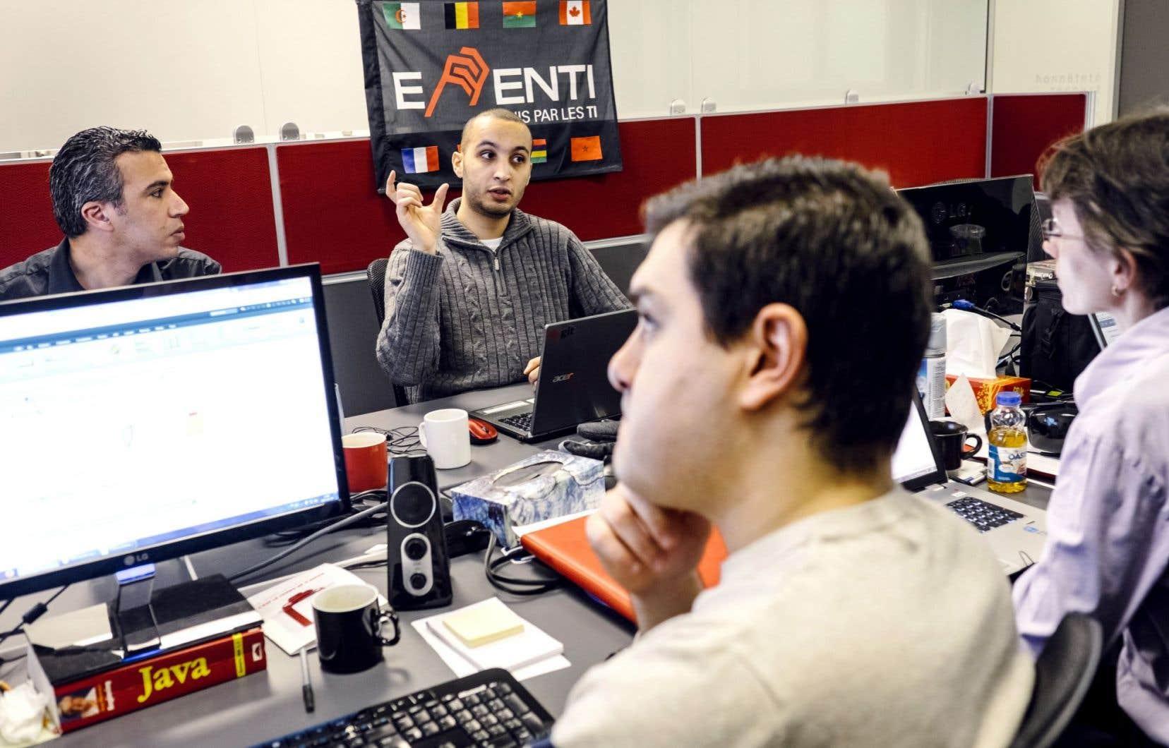 À la firme de consultants informatiques de Québec Effenti, le tiers de la trentaine d'employés vient de l'étranger. Sur près de 1,4million de postes à pourvoir entre2013 et2022, on estime que 18% seront occupés par de nouveaux immigrants.