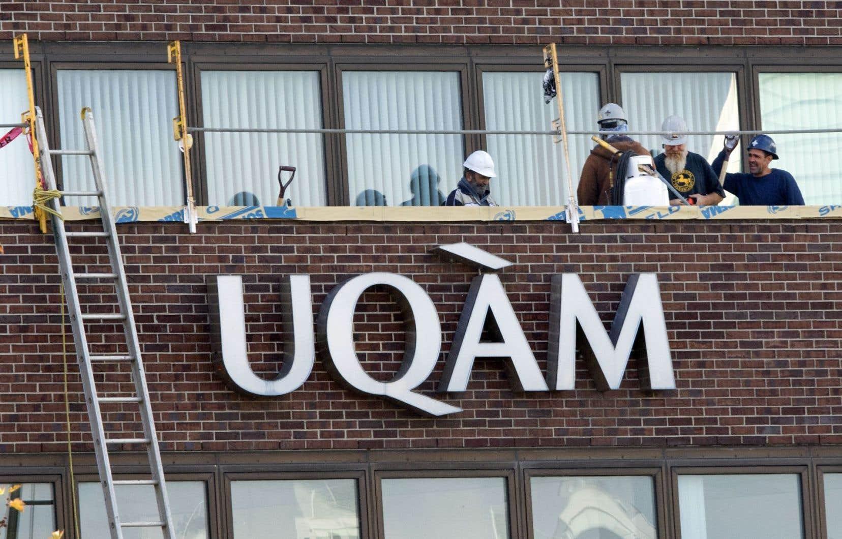 L'UQAM a démenti par courriel des informations contenues dans le document remis lors de sa rencontre avec le Comité à la vie étudiante.