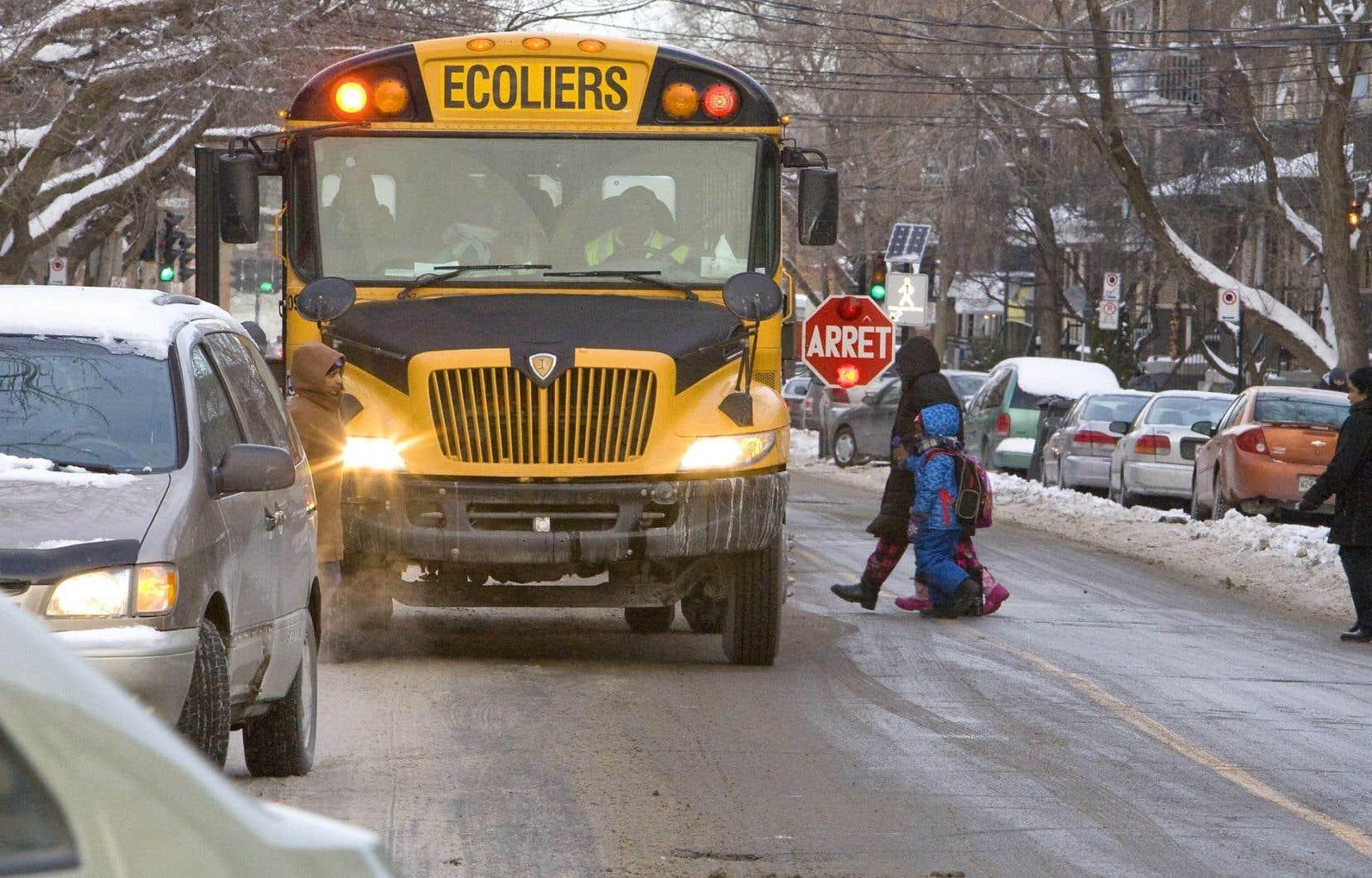Les écoles situées dans des rues artérielles de Montréal ne peuvent compter sur des zones scolaires à vitesse réduite.