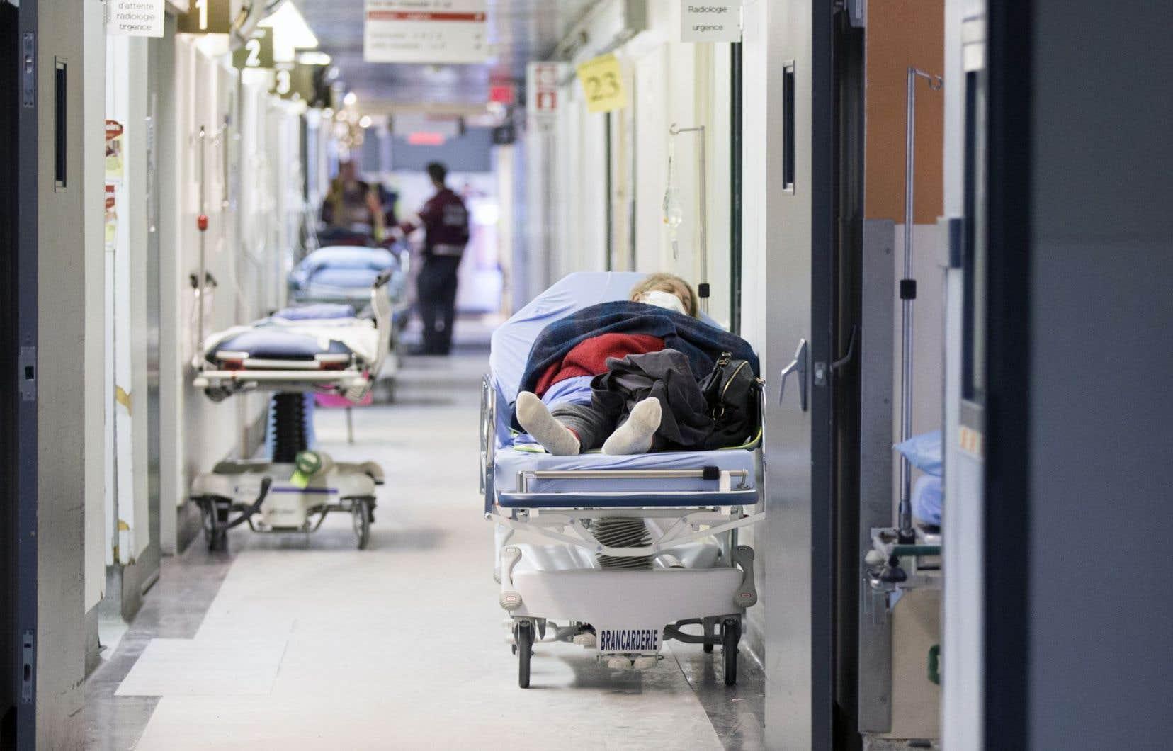 Me Ménard prédit que les médecins suivront moins de patients vulnérables et complexes pour arriver à atteindre leurs cibles, réduisant du même coup l'accès pour les vrais malades.
