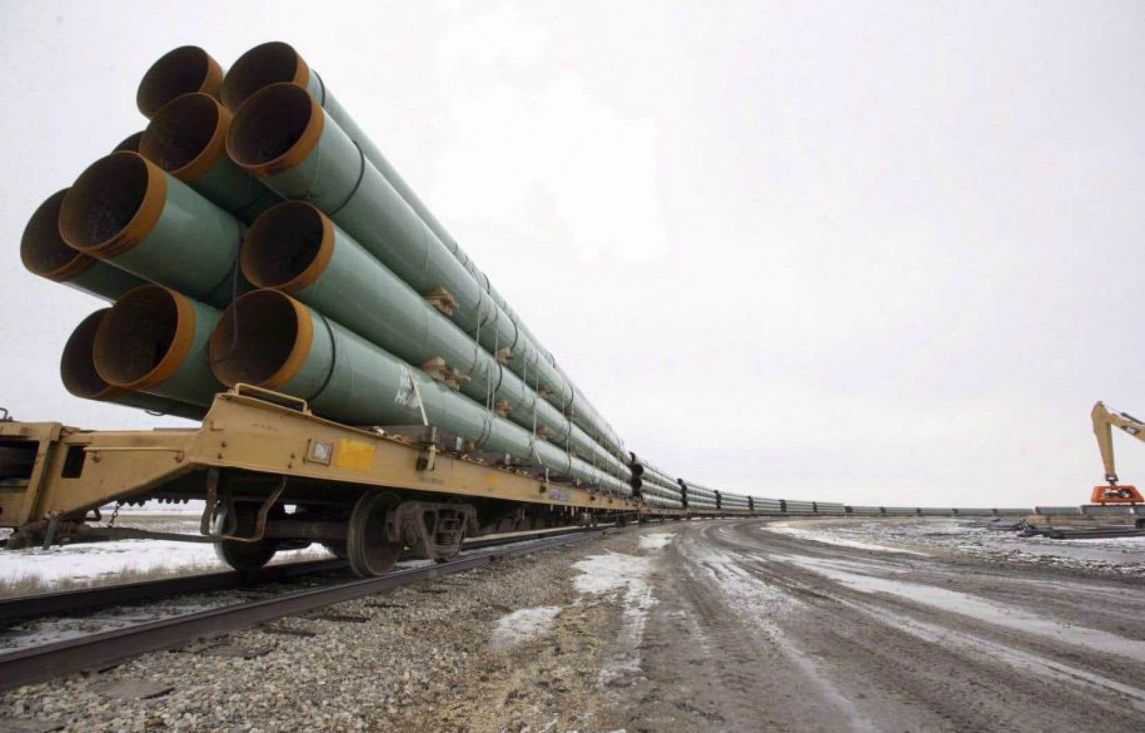 Le projet de pipeline traversera non seulement de très nombreux secteurs agricoles, mais aussi le territoire de plusieurs dizaines de municipalités des deux rives du Saint-Laurent.