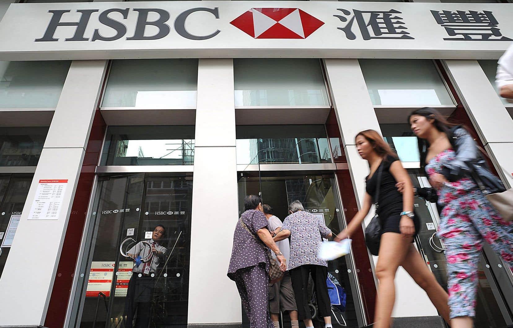 HSBC se retrouve sur le devant de la scène avec la divulgation d'informations sur les services que sa filiale suisse offrait aux plus fortunés qui voulaient échapper au fisc dans leur pays.